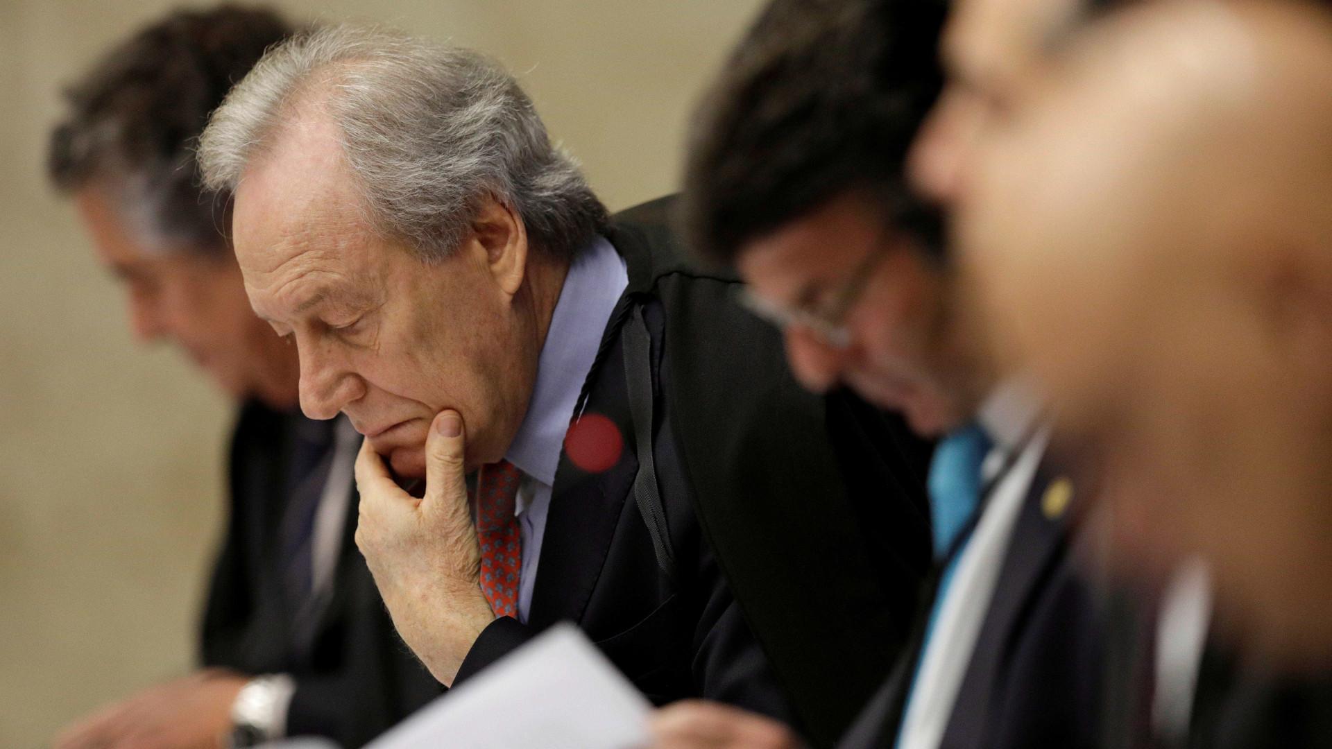 Ministros do STF querem levar liminar de Fux a Plenário