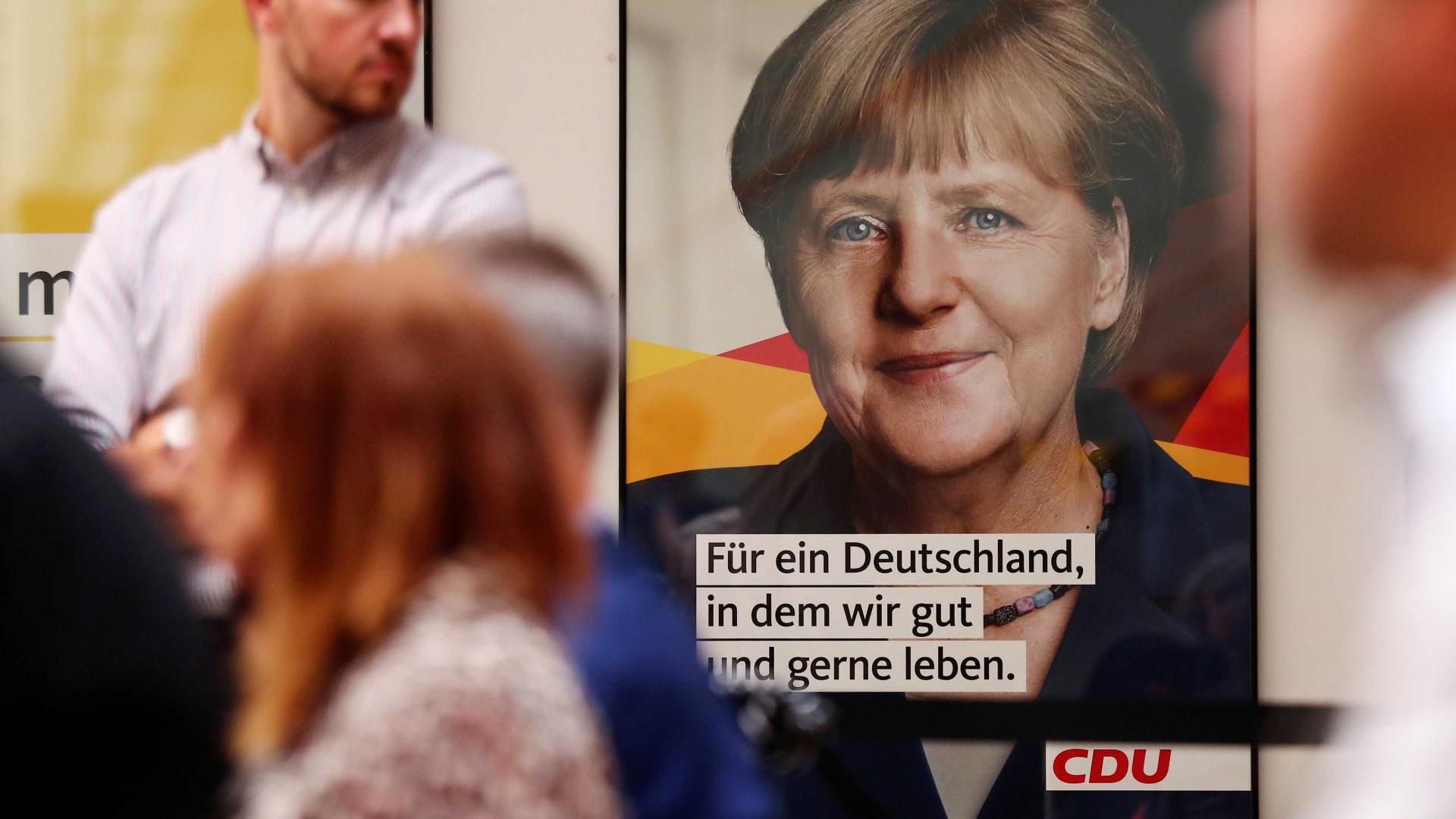 Às vésperas das eleições, aprovação de Angela Merkel cai 10 pontos