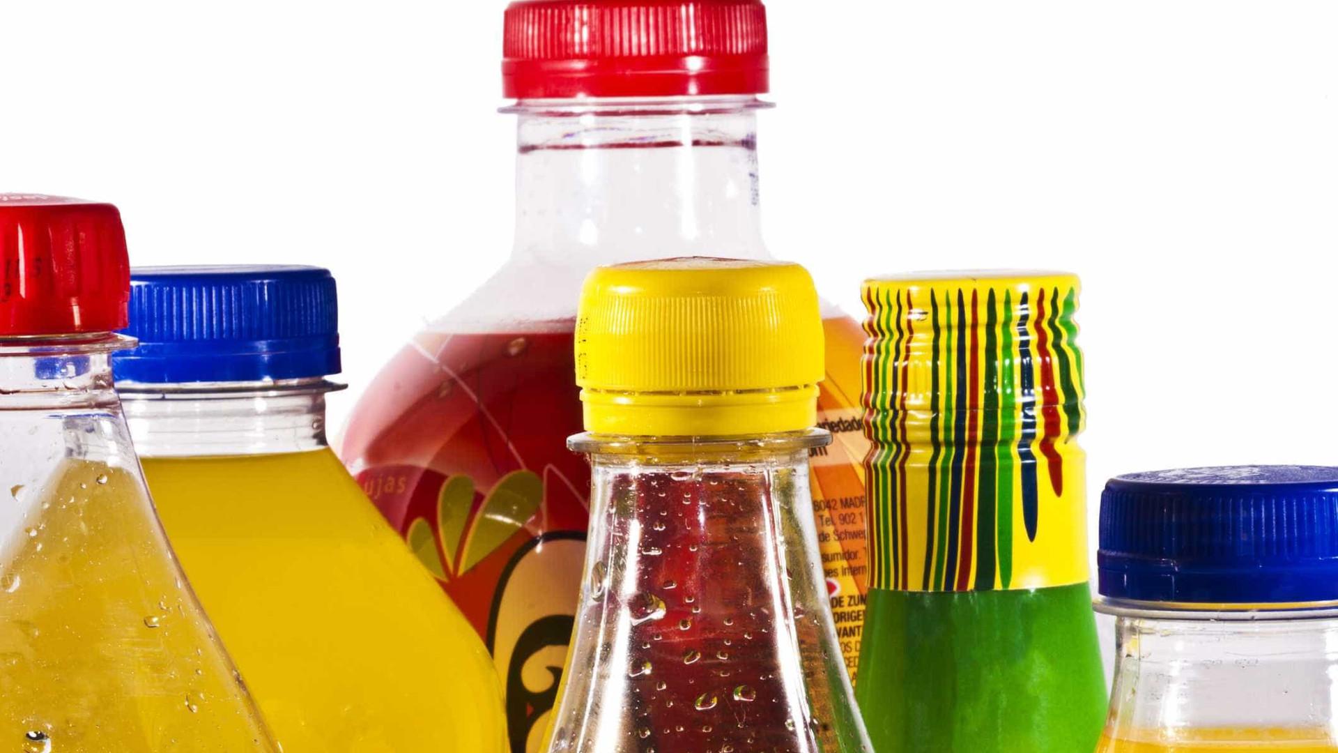 Estudo explica como os refrigerantes fazem com que coma mais