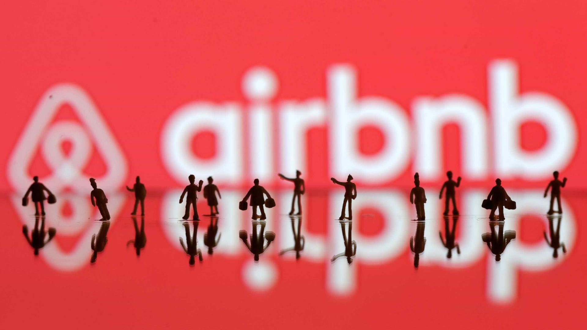 Família encontra câmera escondida em casa alugada por Airbnb na Irlanda