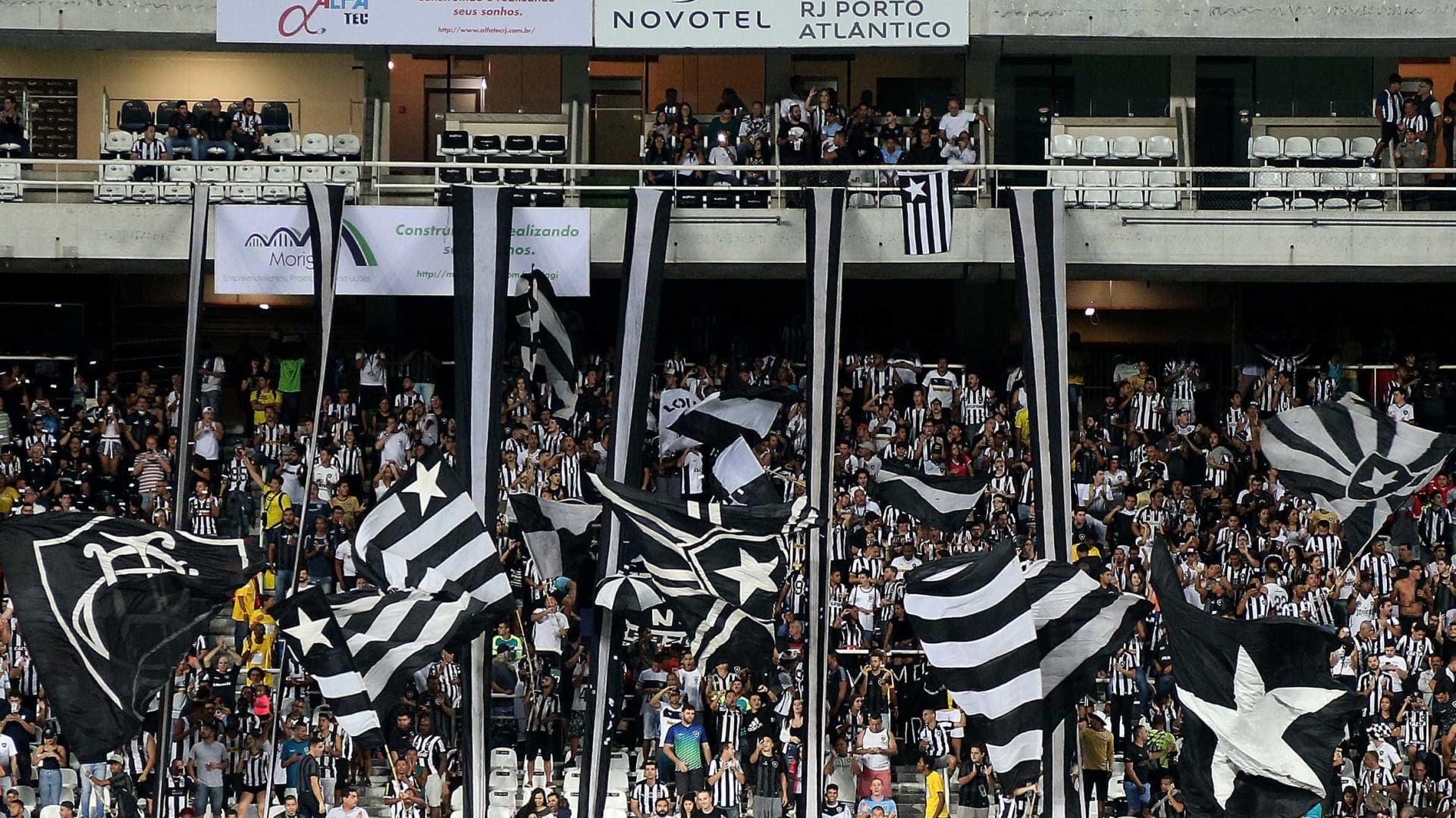 Pressionado, Valentim muda Botafogo para o clássico com Flamengo