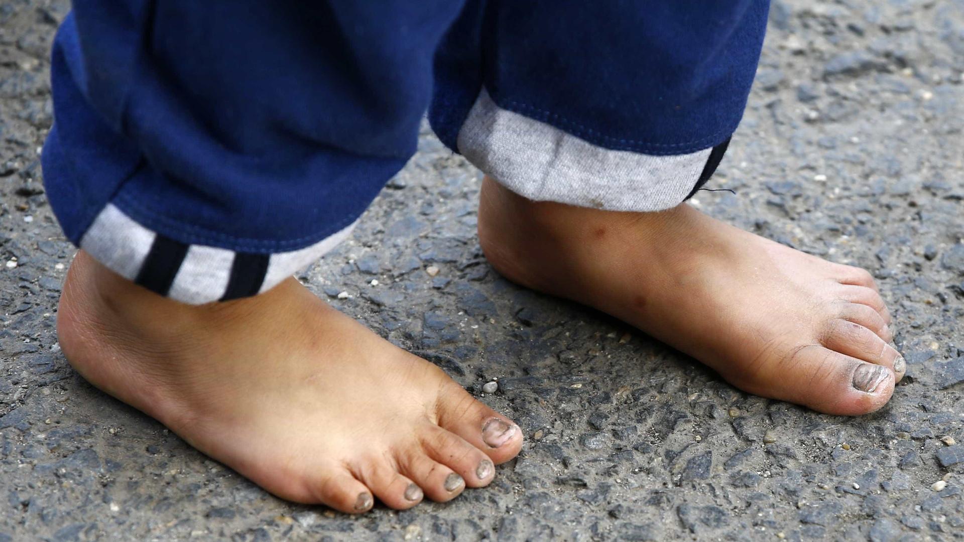 Casal é preso no Rio acusado de torturar a filha de 3 anos