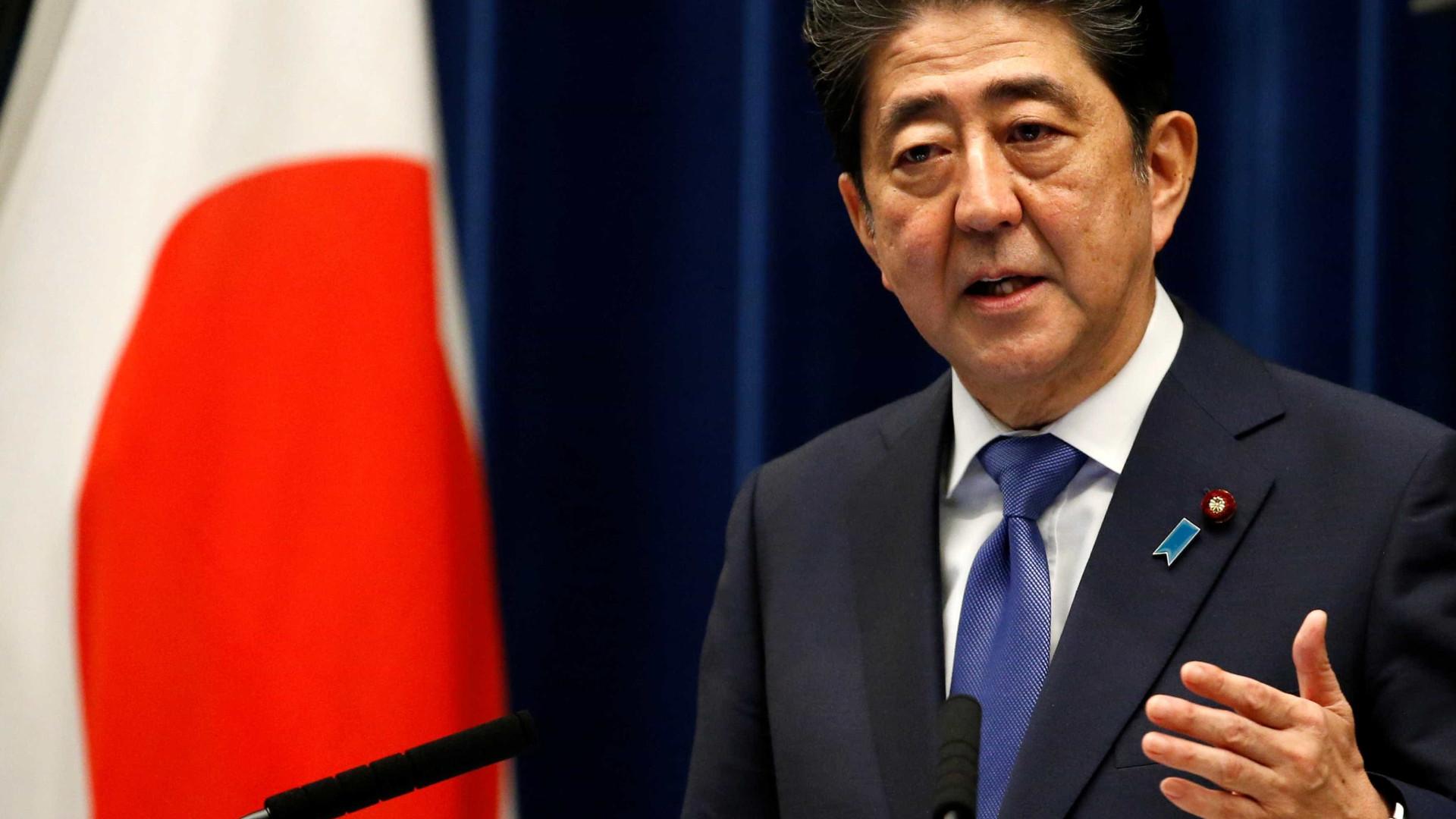 Primeiro-ministro do Japão faz visita histórica ao Irã