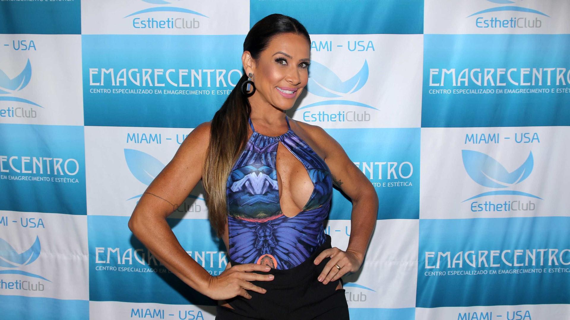 Scheila Carvalho justifica ausência em show comemorativo do É o Tchan