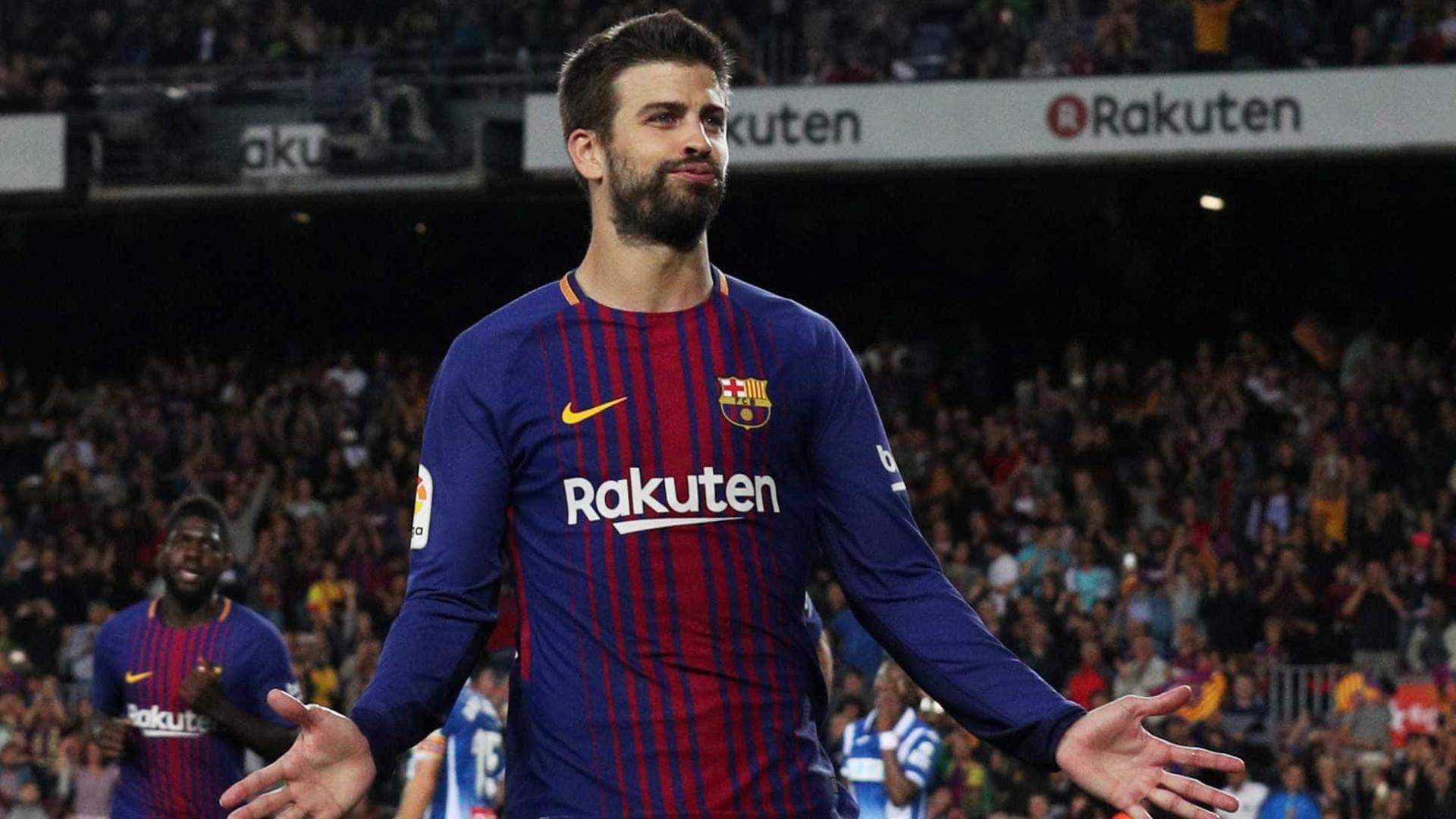 Barcelona confirma lesão grave no ligamento do joelho direito de Gerard Piqué