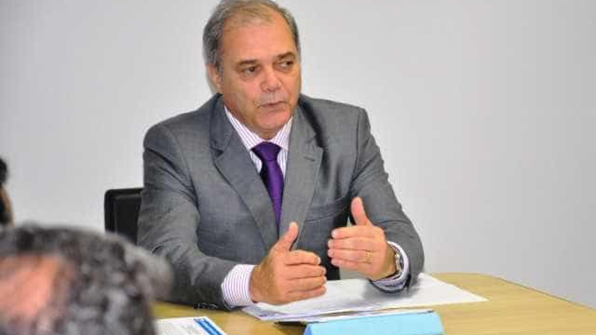 Paulo Wanderley confirma favoritismo e é reeleito presidente do COB