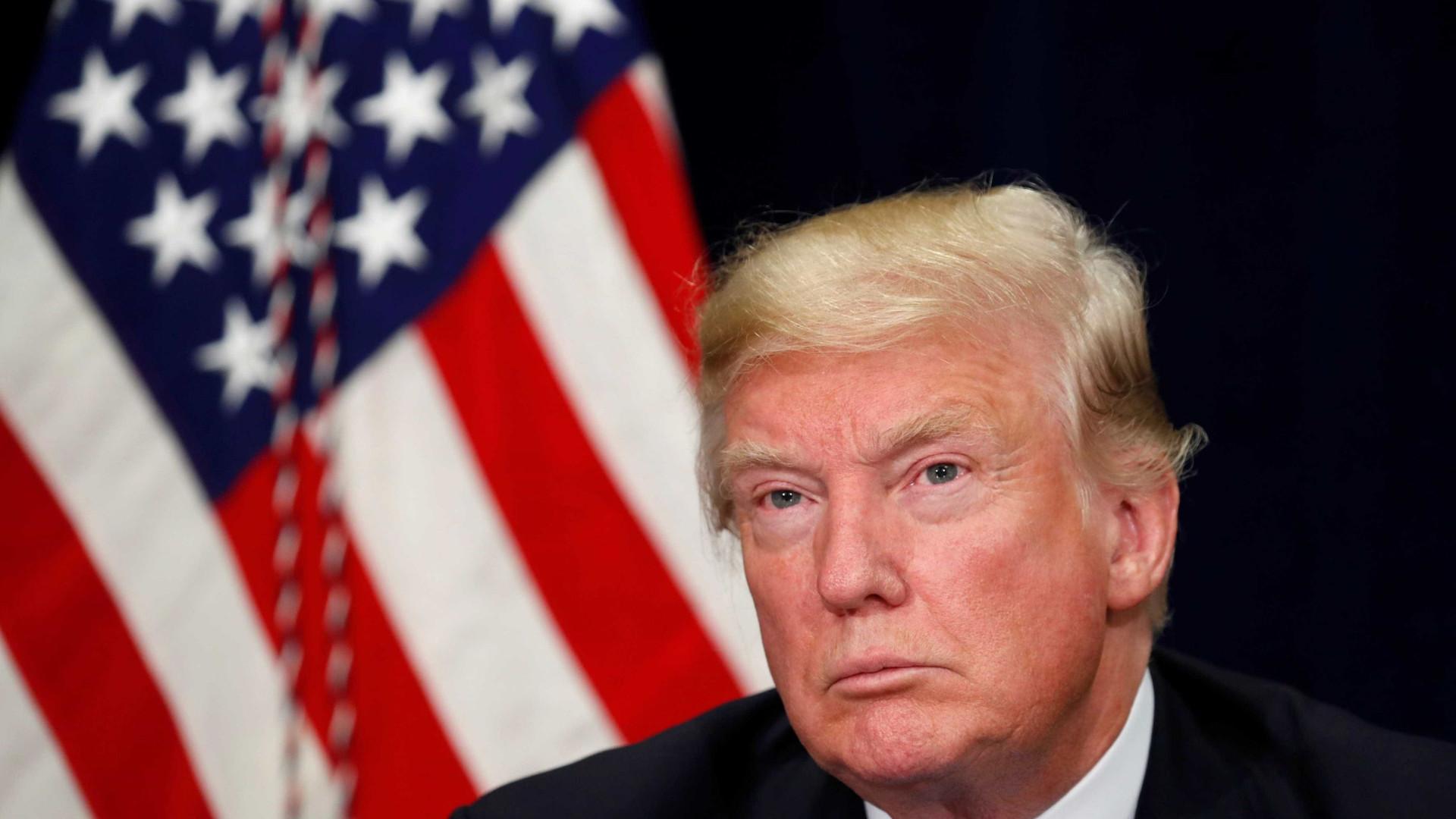Juiz bloqueia decreto de Trump para limitar pedidos de asilo