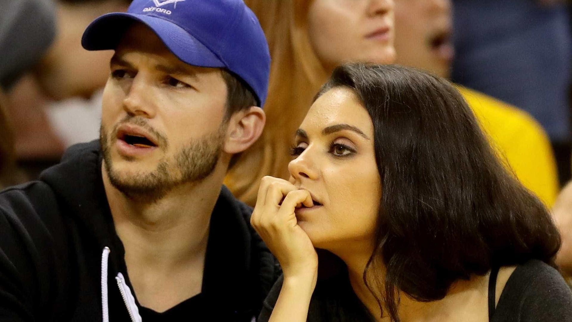 Ashton Kutcher pensou que Mila Kunis estivesse vendo pornô, mas era 'Bridgerton'