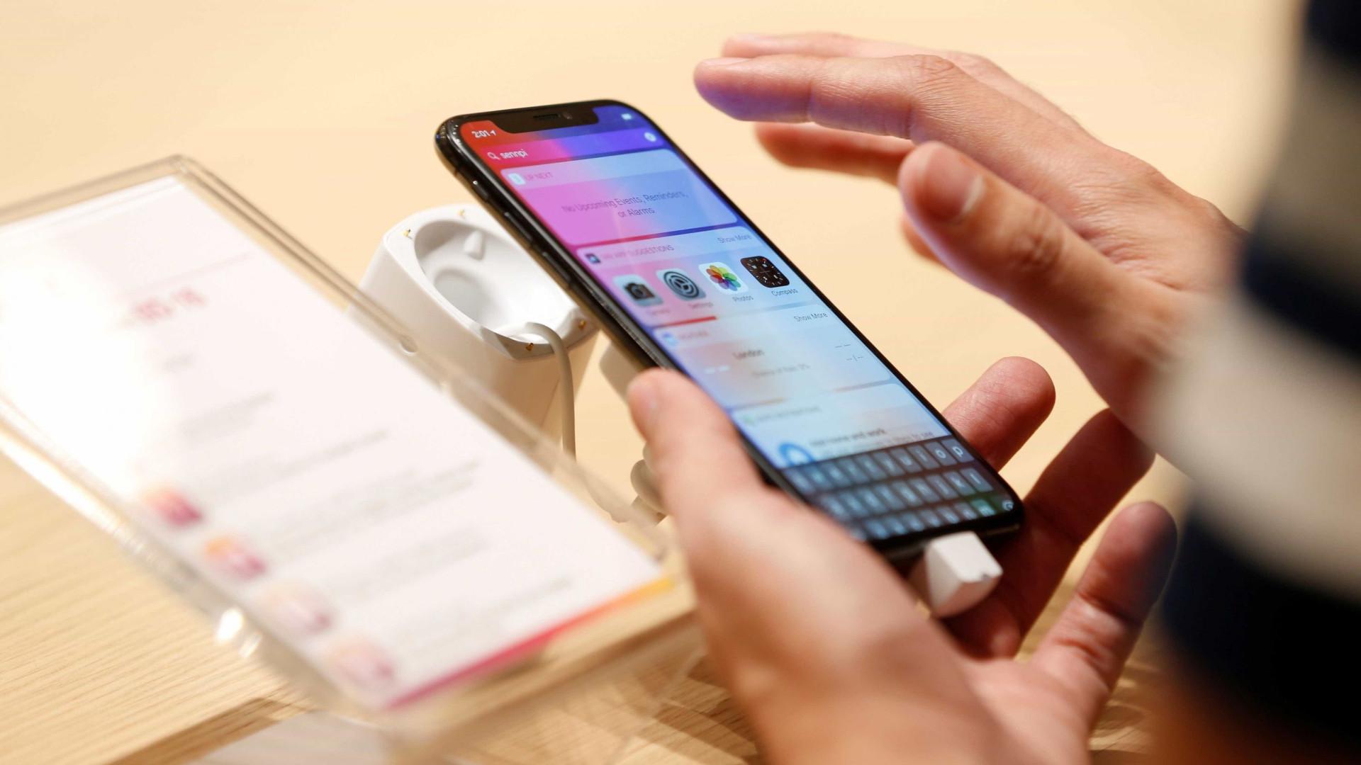 Apple quer lançar iPhone com tela dobrável