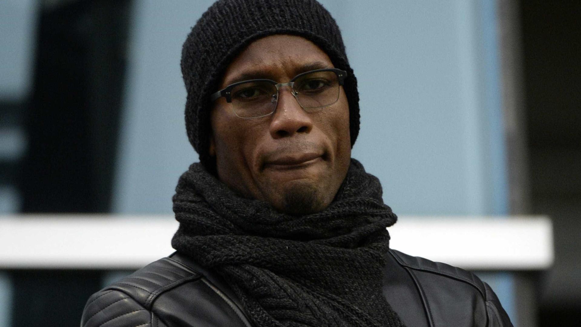 Drogba confirma aposentadoria do futebol aos 40 anos