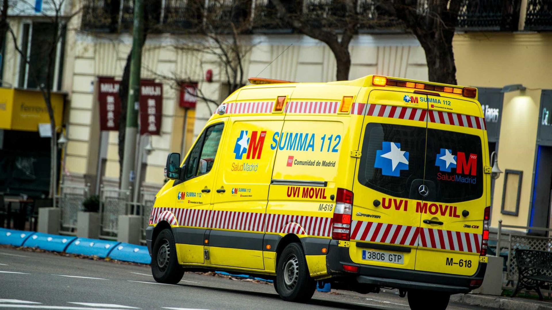 Jovens morrem após queda de varanda na Espanha