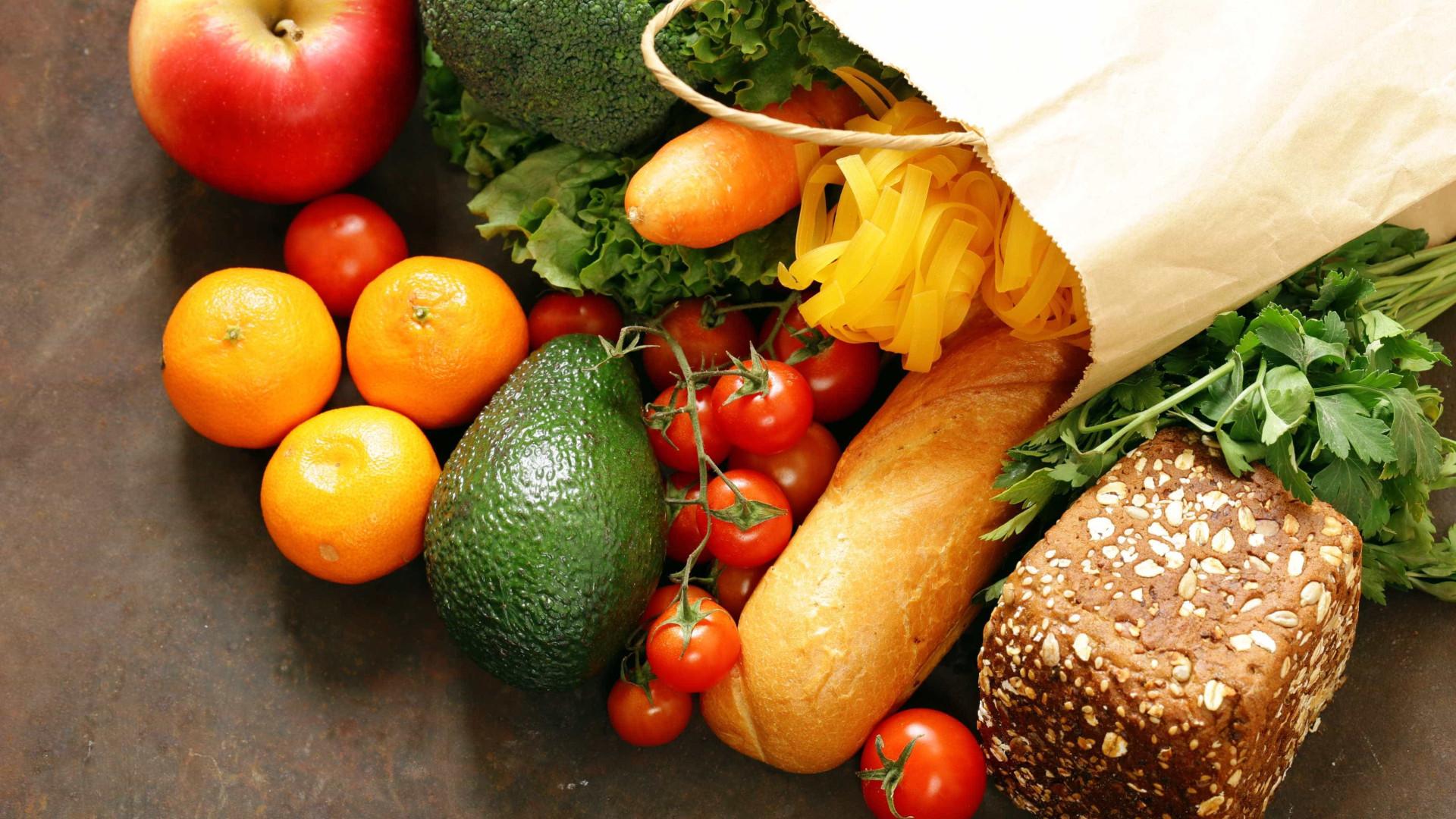 Saudável e barata: como economizar dinheiro com a alimentação