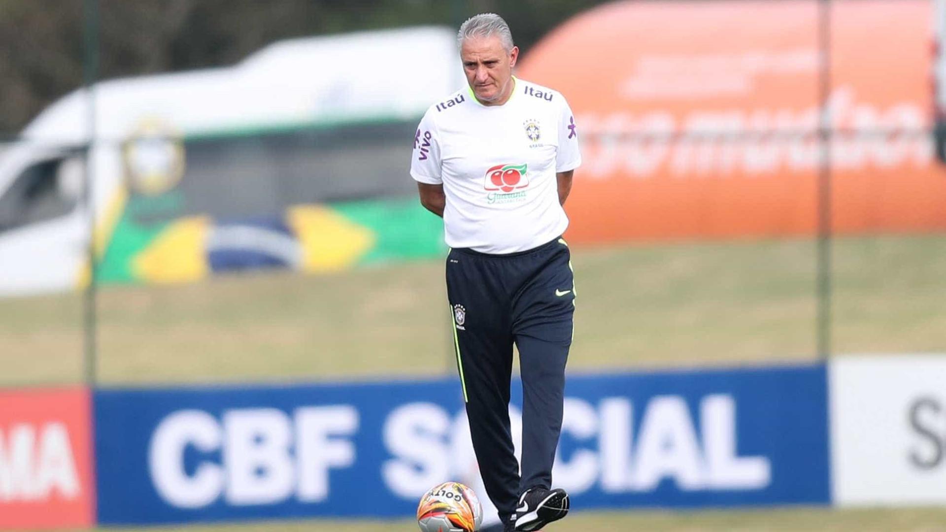 Com Neymar, Tite fecha primeiro treino da seleção brasileira