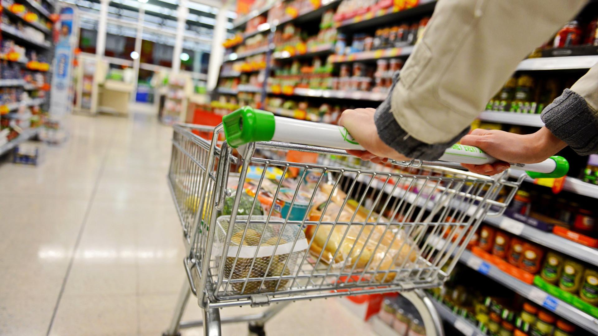 Inflação para famílias com renda mais baixa fica em 0,49% em fevereiro