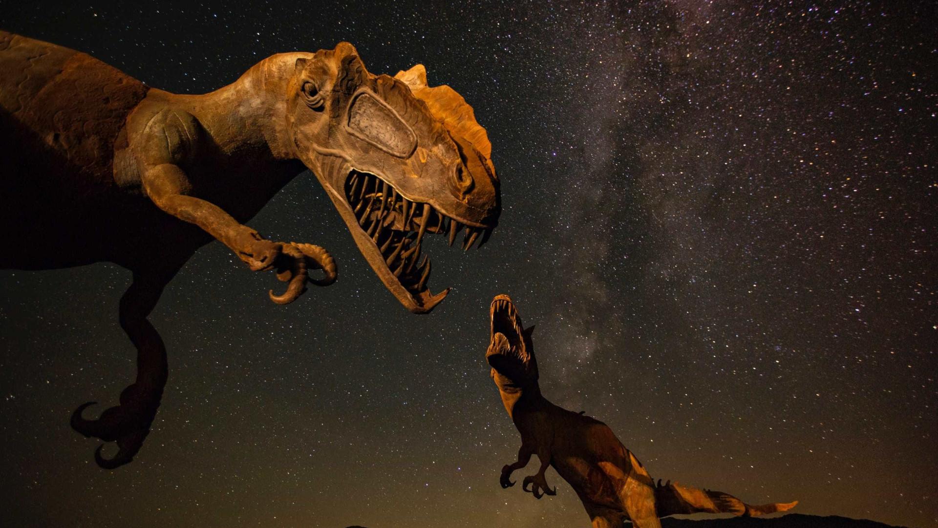 Meteoro pode não ter sido única causa da extinção dos dinossauros