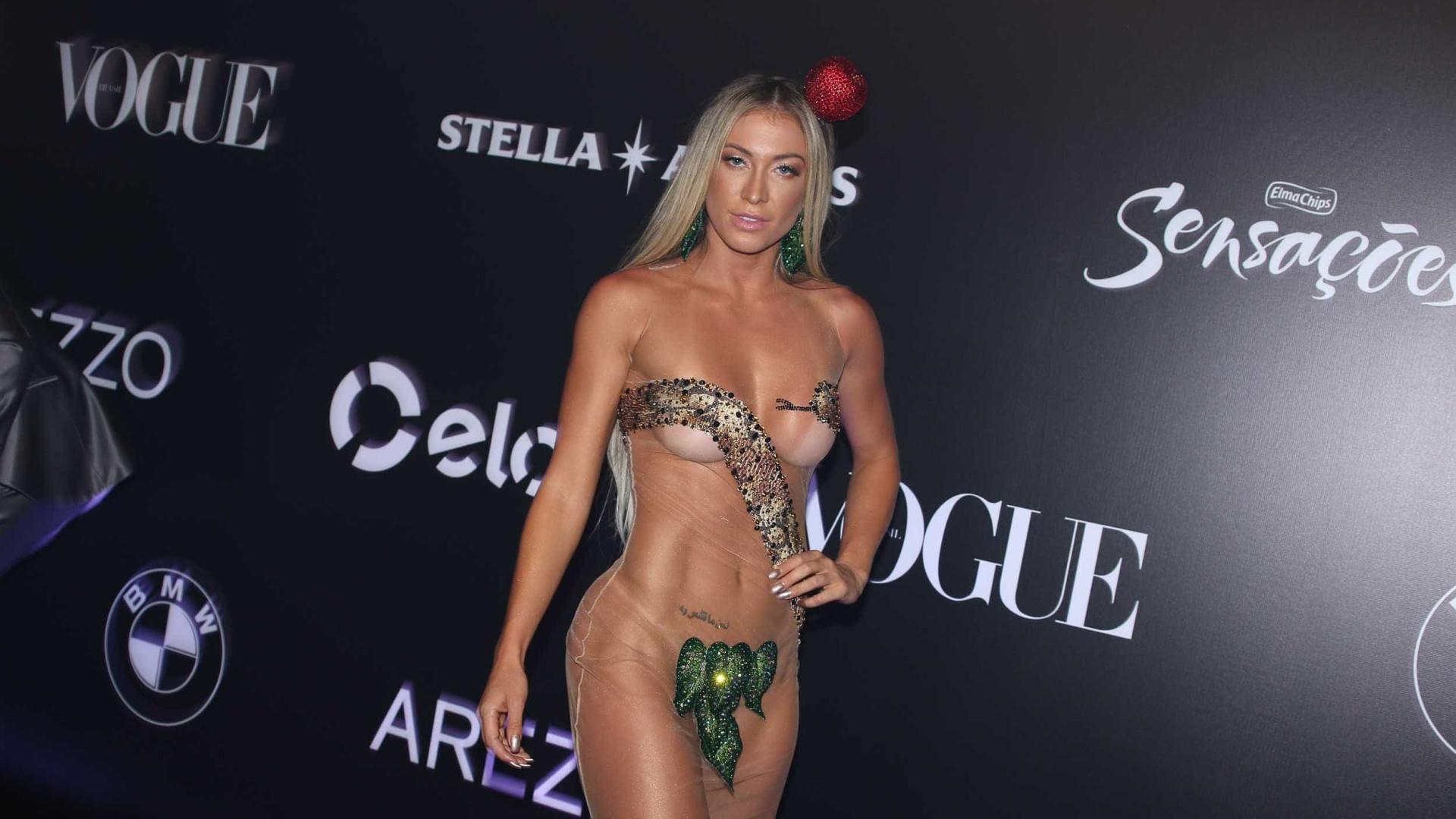 Noiva de Latino se veste de Eva em festa da Vogue sobre o Brasil