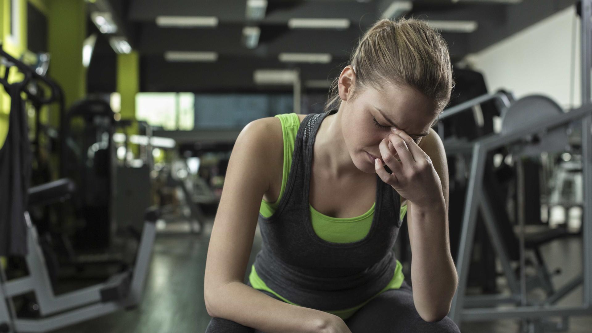 Por que ficamos com dores de cabeça depois de treinar?