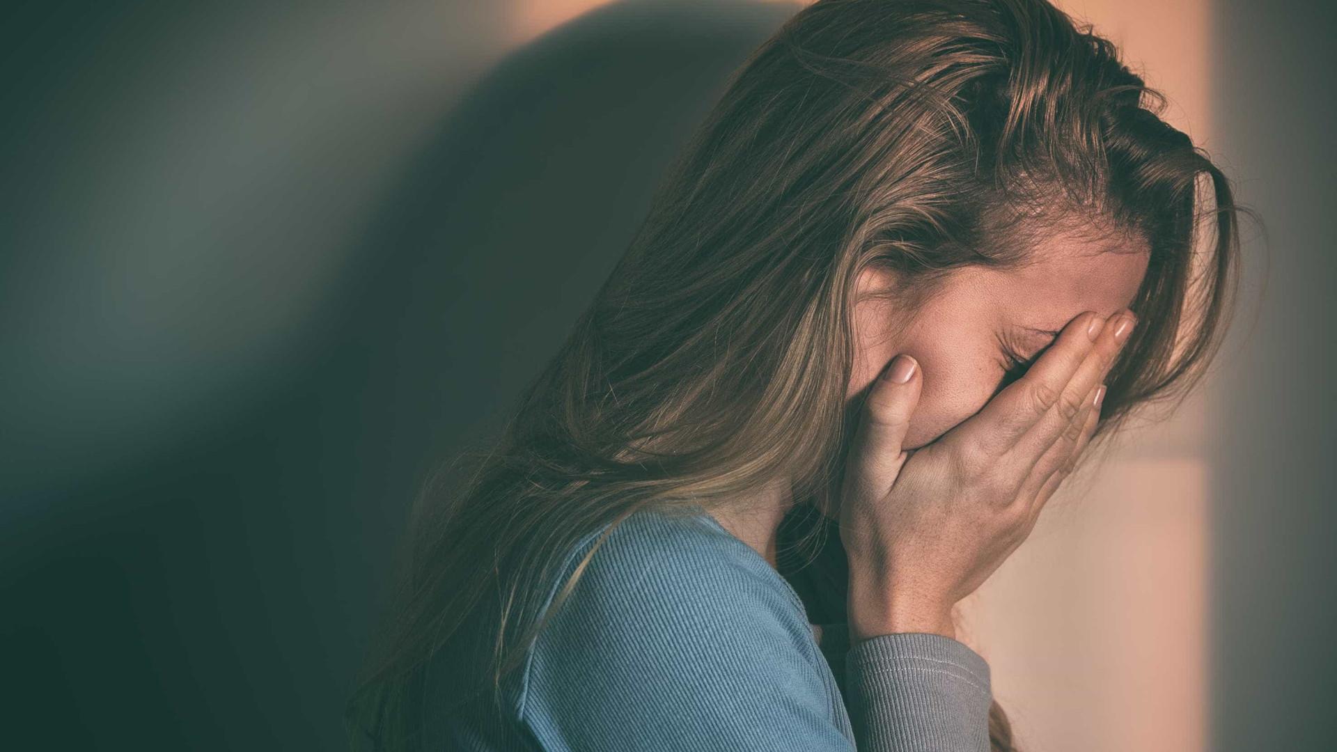 A principal razão para a infelicidade é comum a muitos (e muito atual)