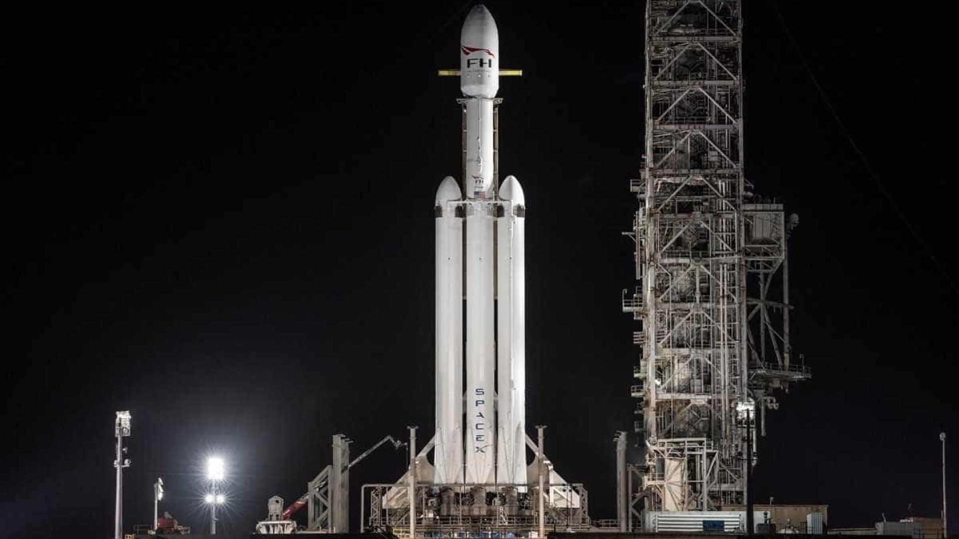 """""""Falcon Heavy"""": a aterrissagem do foguete mais poderoso do mundo"""