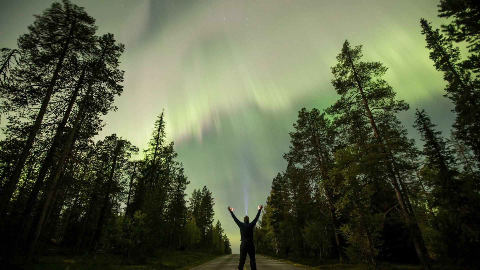 'Chuva de elétrons' que dá origem à aurora é observada pela 1ª vez