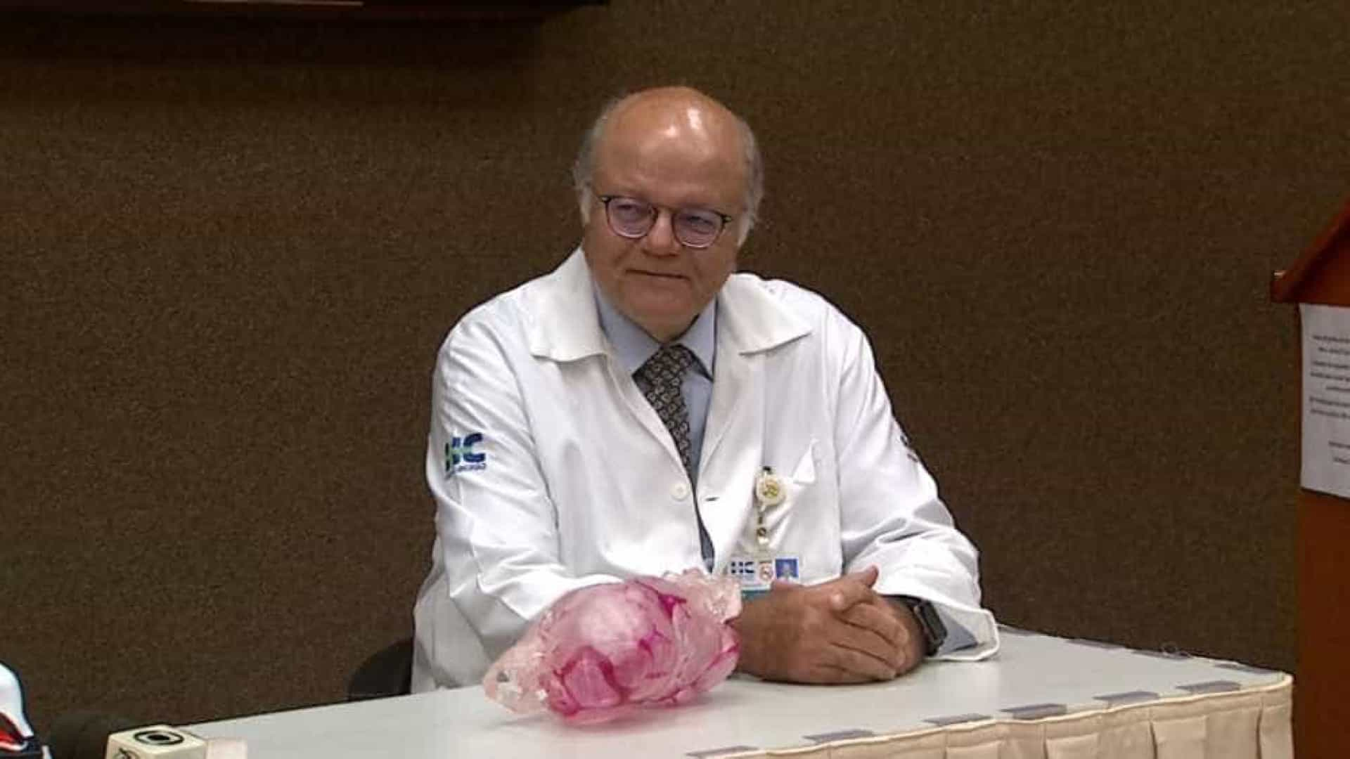 Cirurgia de meninas unidas pela cabeça termina bem em Ribeirão Preto
