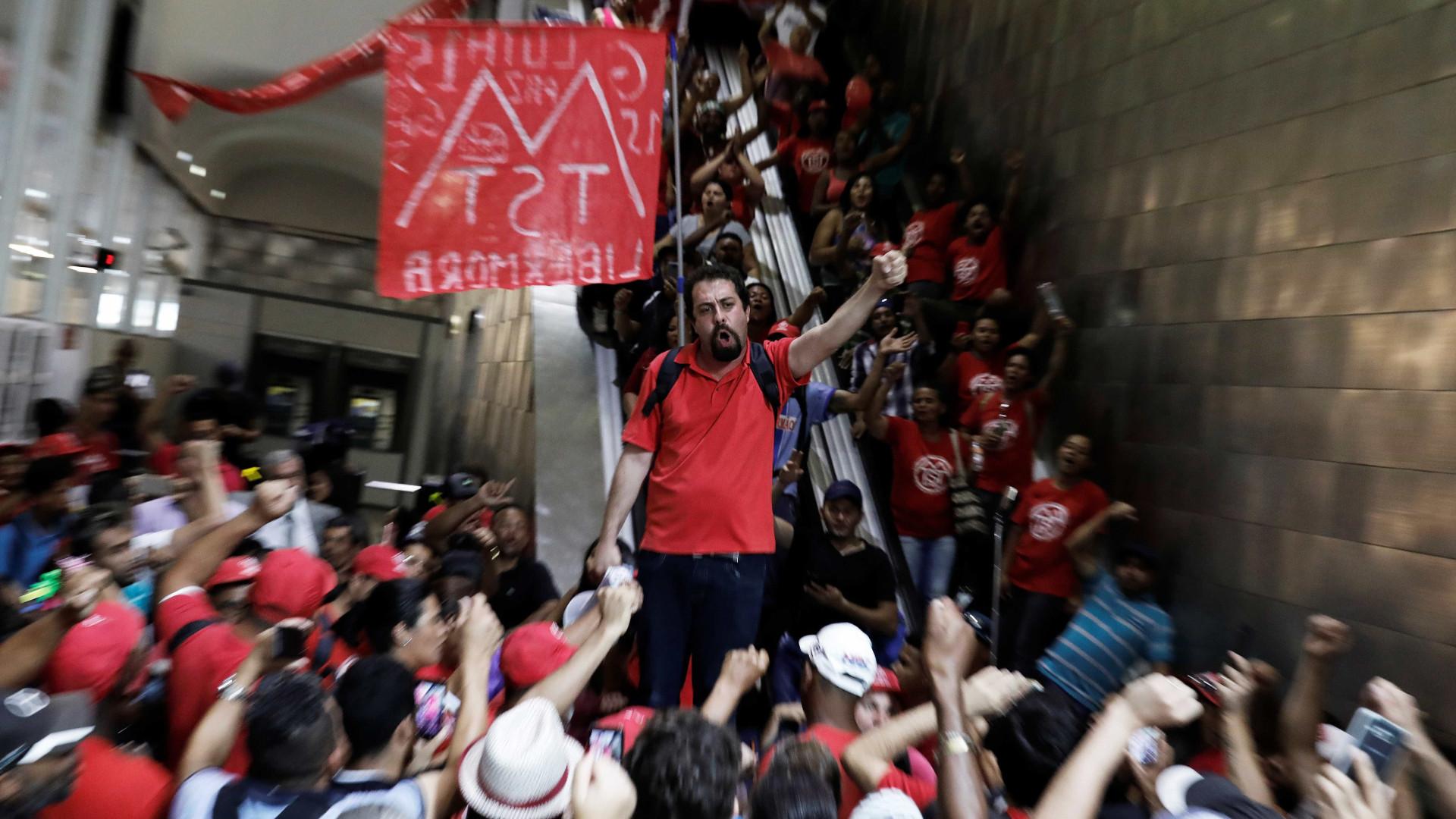 Boulos vai a Curitiba para cobrar soltura de Lula