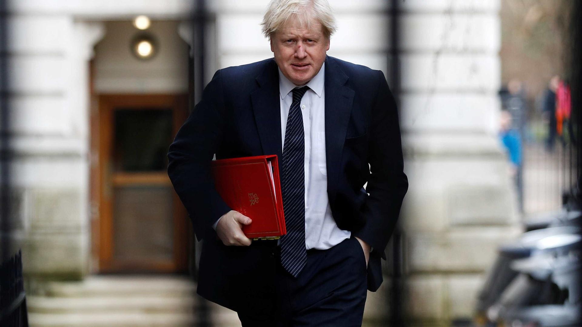Em derrota para Boris, Parlamento proíbe brexit sem acordo