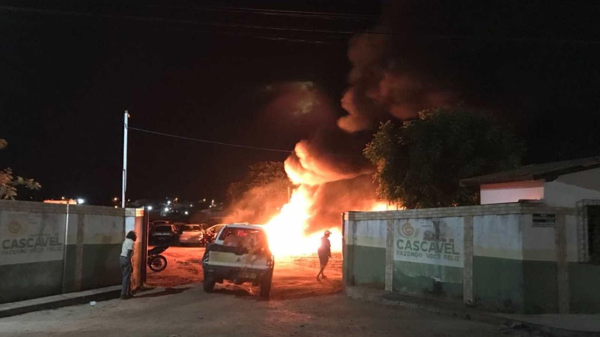 Ceará tem ataques a prédios públicos e dezenas de veículos incendiados