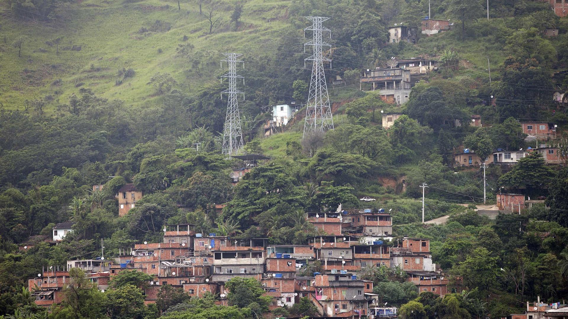 PM faz operação no Complexo do Lins, Zona Norte do Rio