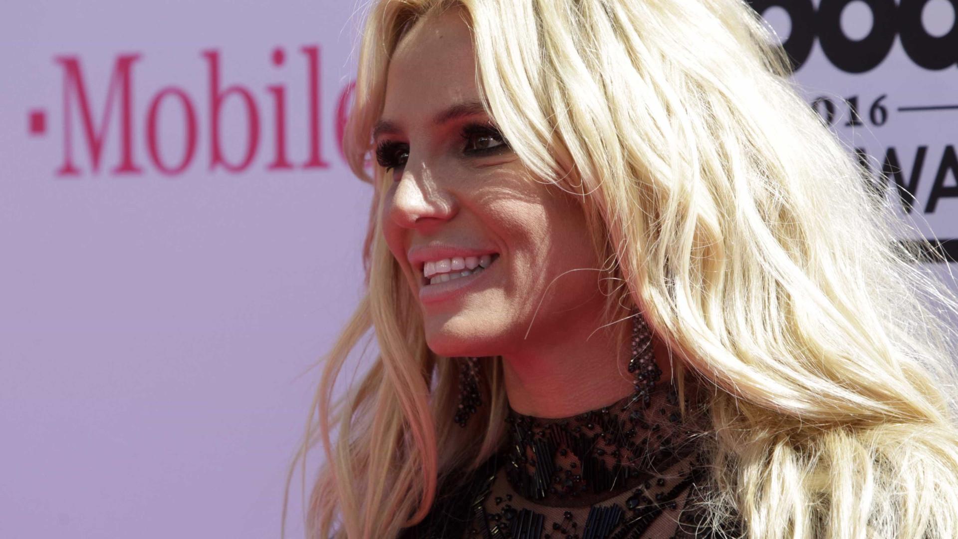 Britney Spears entra na Justiça com medida contra ex-empresário