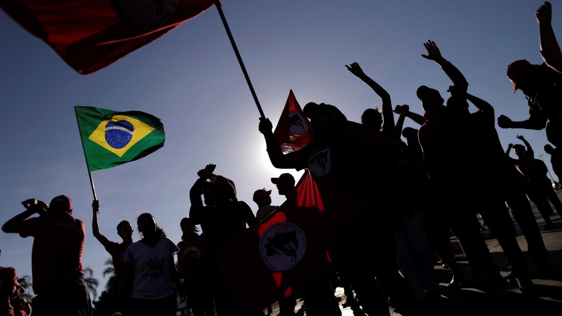 MST promete 'ocupar todos os prédios públicos' e 'tocar fogo na Globo'
