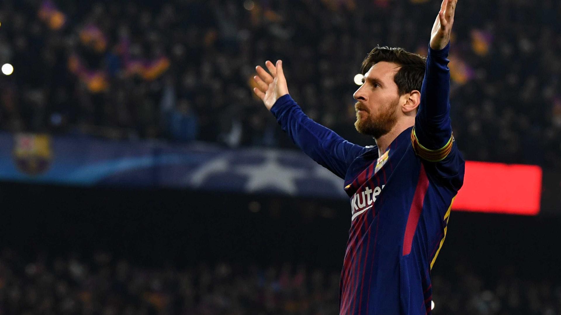 Messi aplica drible genial em Filipe Luís; veja o lance