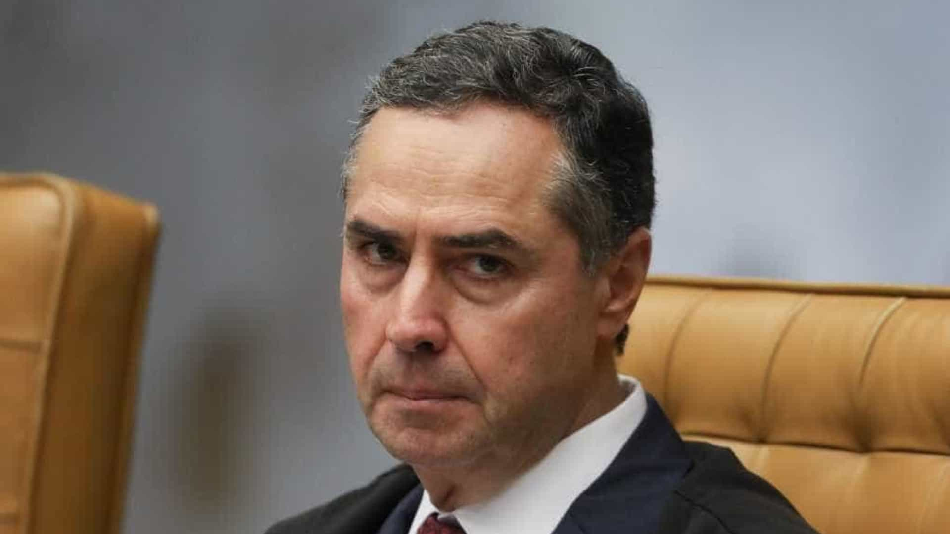 Barroso agora associa pane do TSE à falta de testes e levanta suspeita sobre milícias digitais