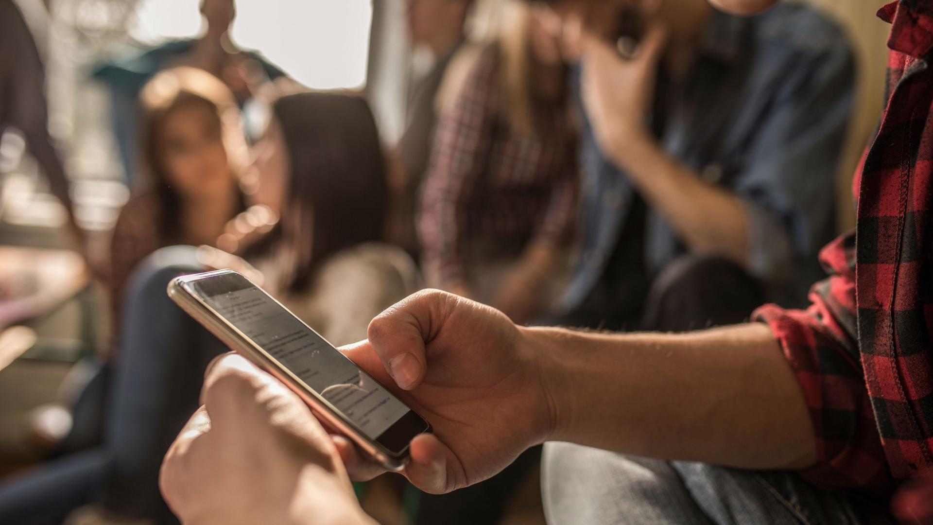 Redes sociais 'são cocaína comportamental', dizem ex-especialistas