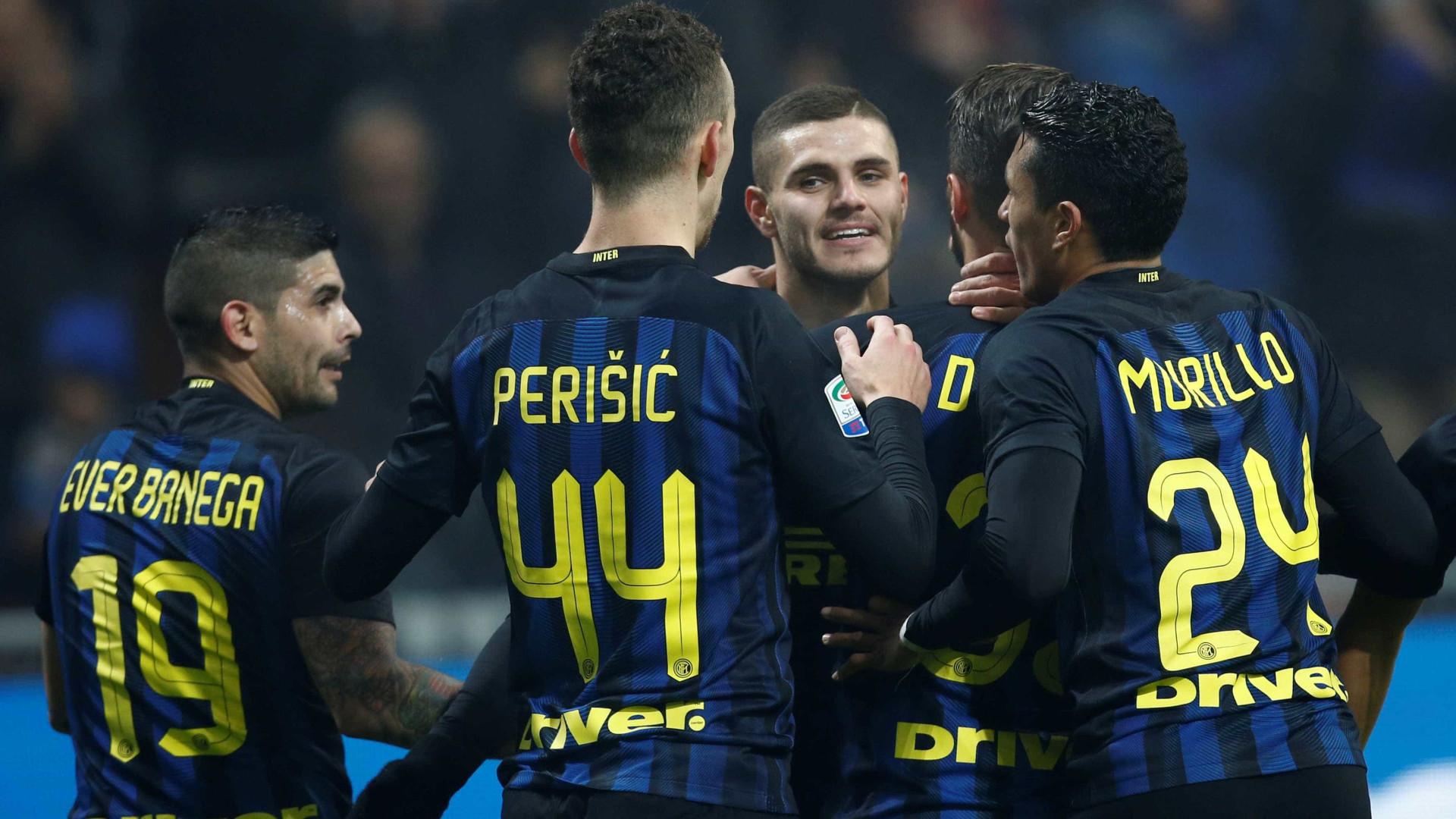 Inter vence Atlético de Madrid com golaço de argentino