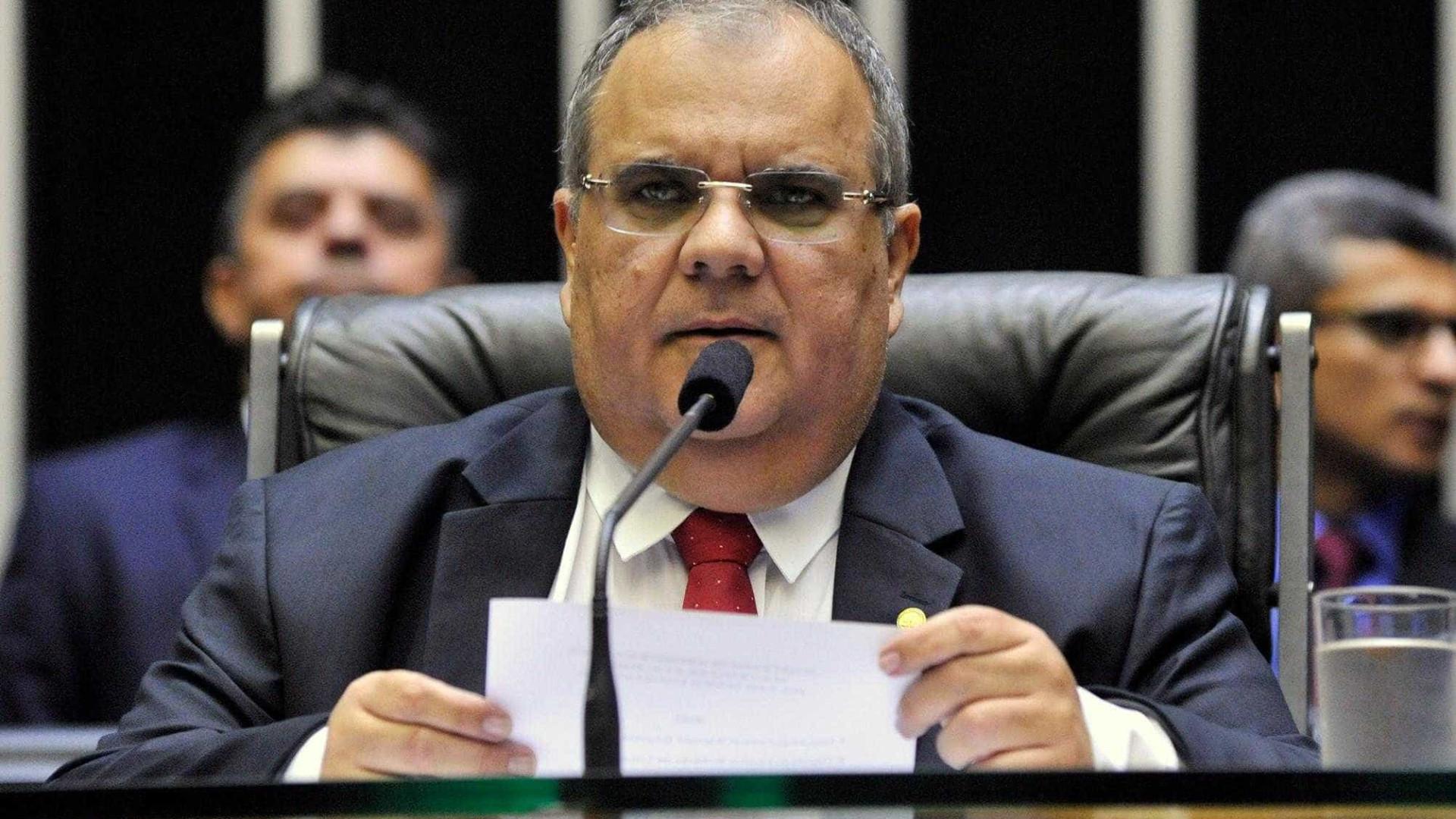 Com morte de deputado, Câmara fará eleição para secretaria