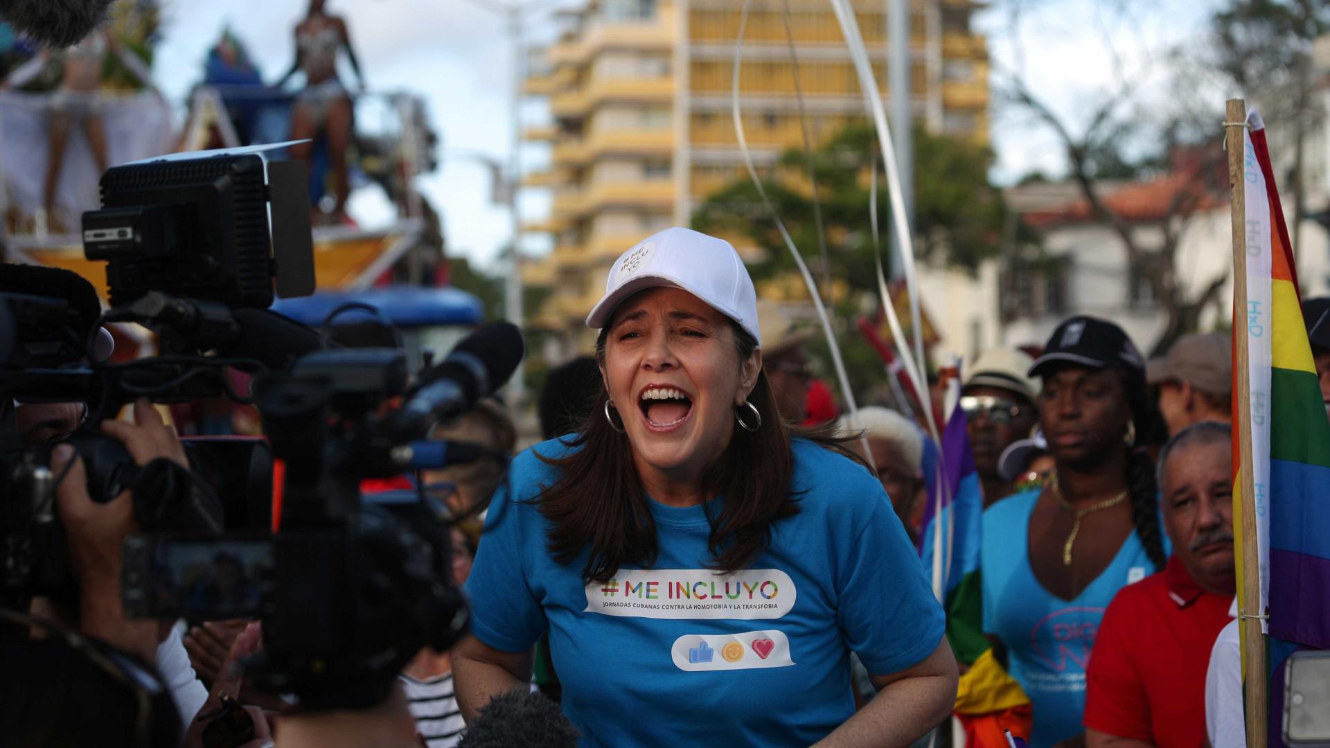 Filha de Raúl Castro lidera marcha contra homofobia em Cuba
