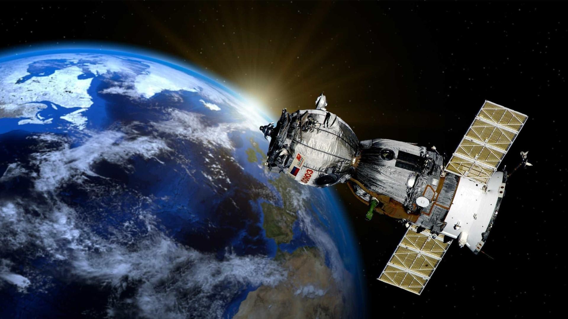 Produzido 100% no Brasil, satélite Amazonia-1 entrará em órbita dia 28