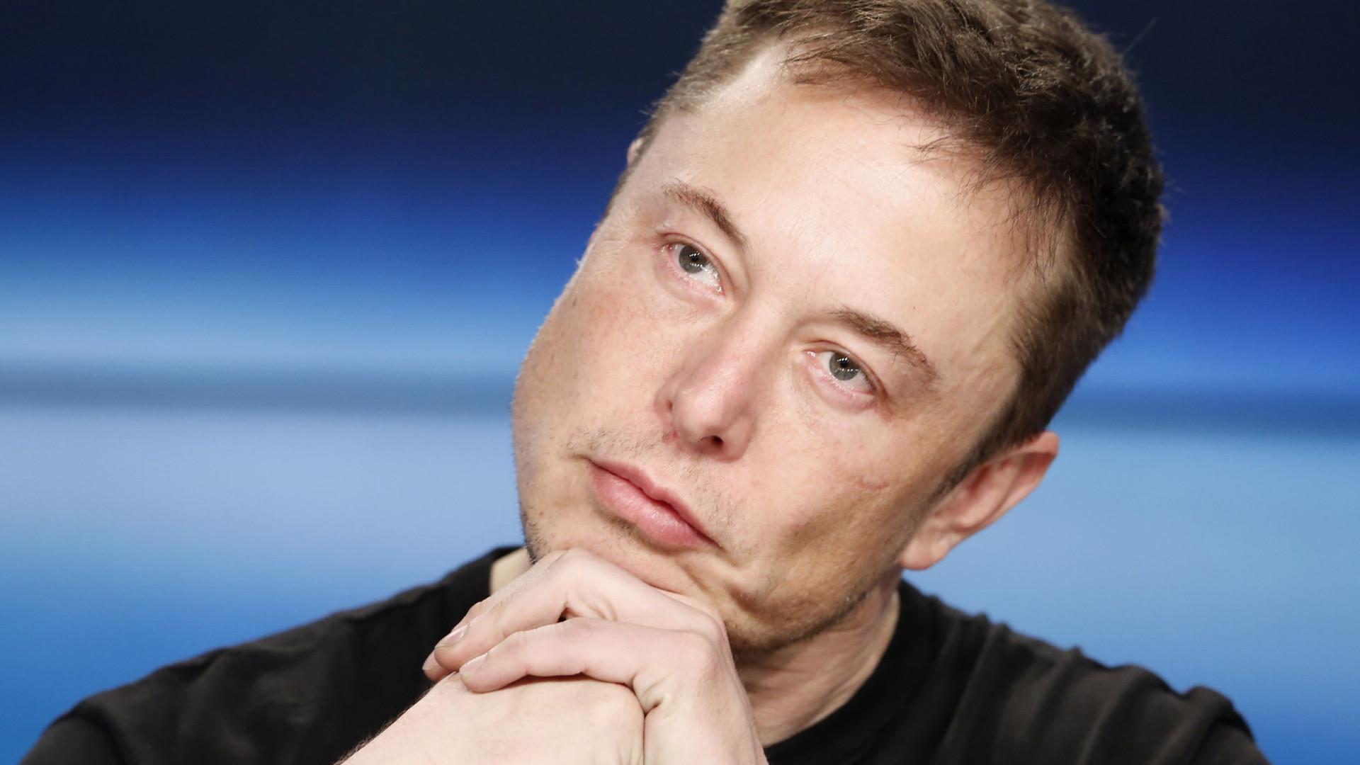 """Elon Musk: Criptomoeda """"não pode levar a aumento de combustíveis fósseis"""""""