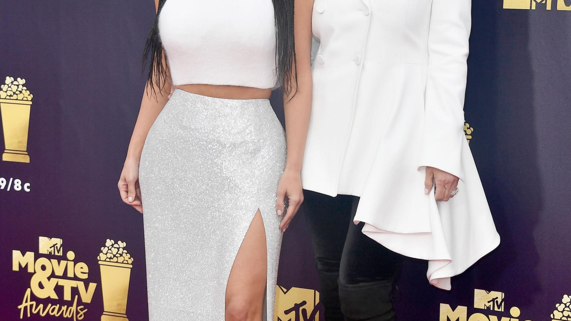 Kris Jenner conta que presenteou Kim Kardashian com carta de 20 páginas