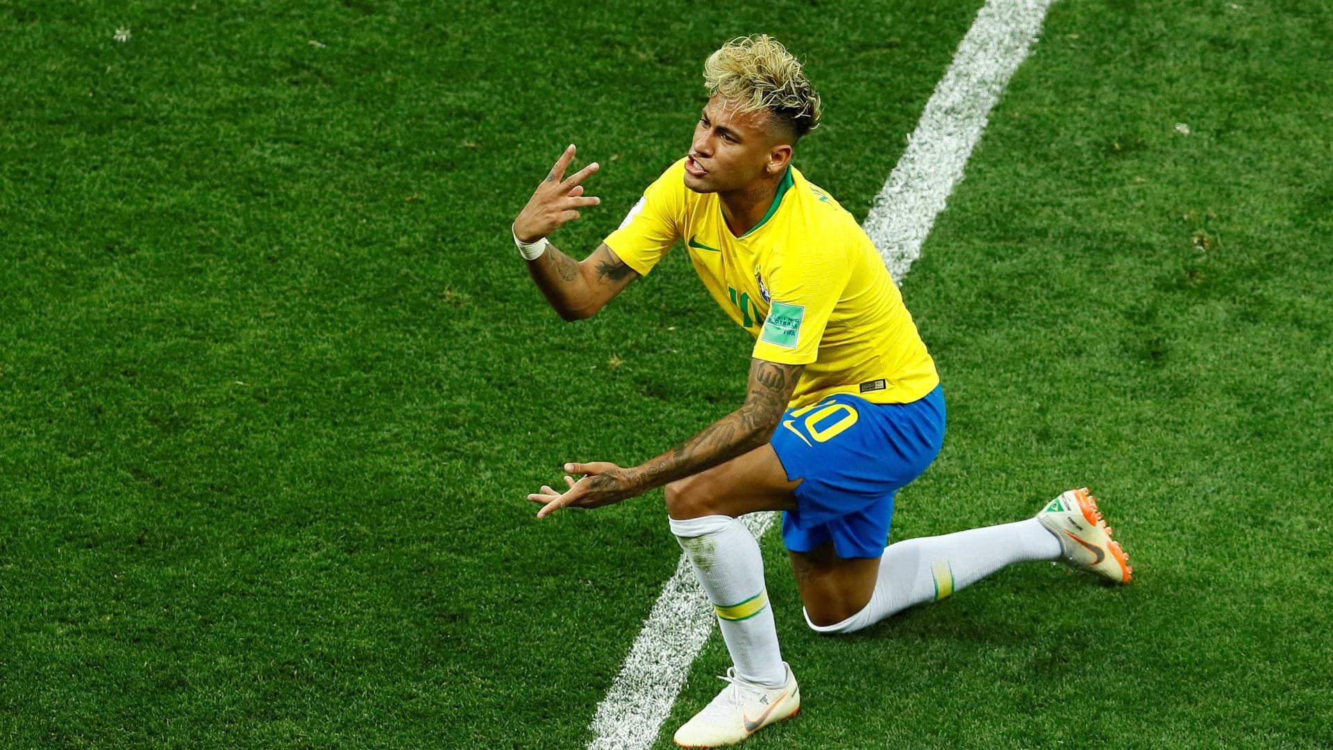 Neymar muda visual mais uma vez; confira