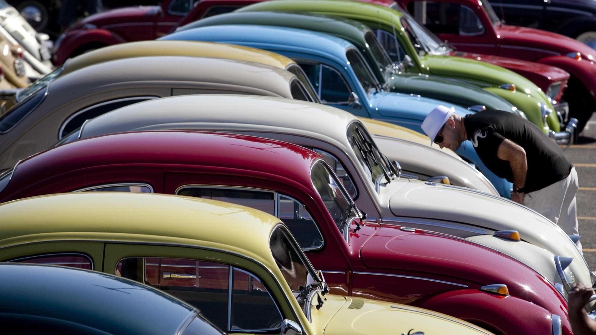 Há 84 anos, Porsche assinava contrato com Hitler para desenvolver Fusca