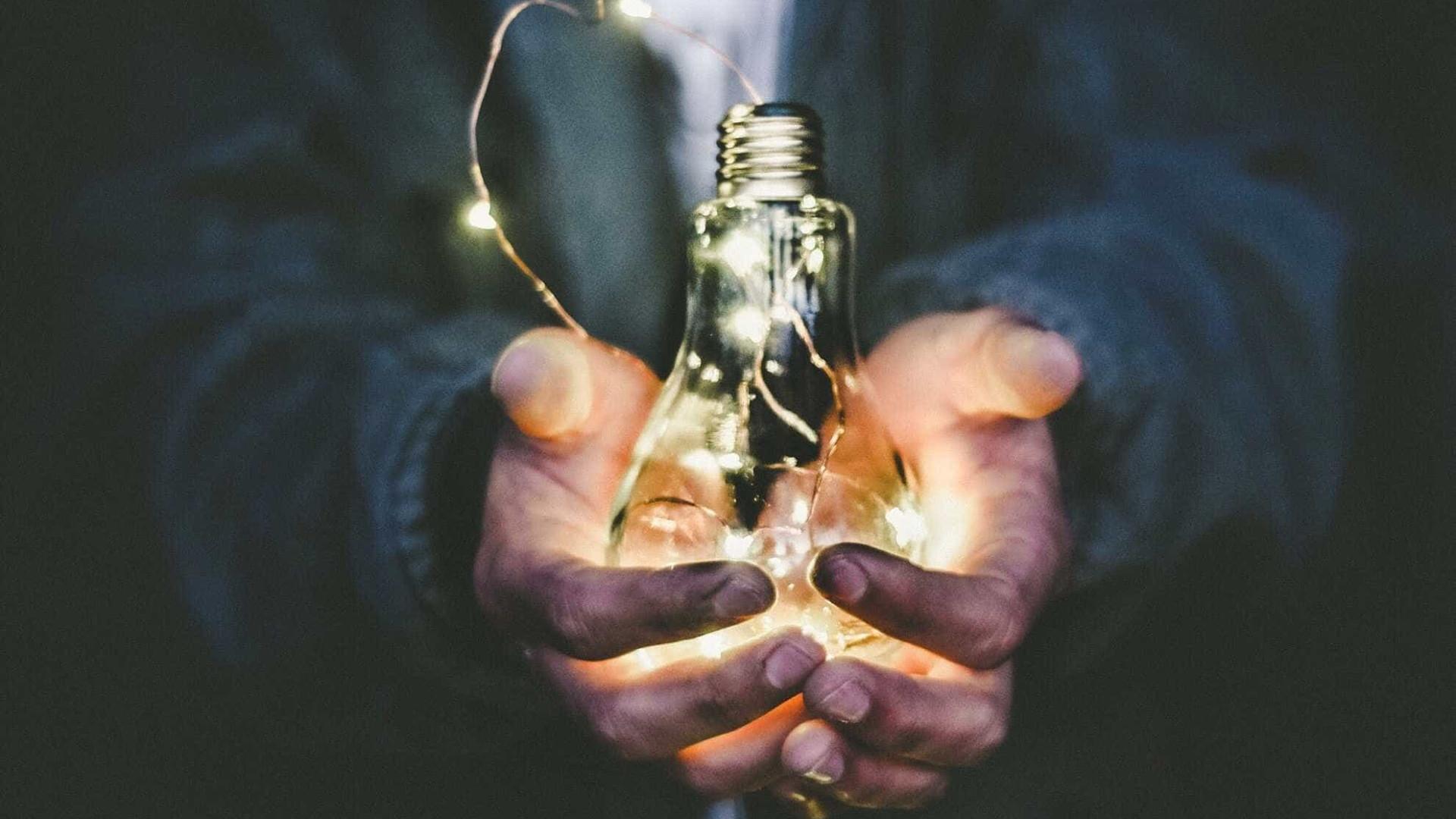 Aneel estima que tarifas de energia podem subir, em média, 16,68% no próximo ano