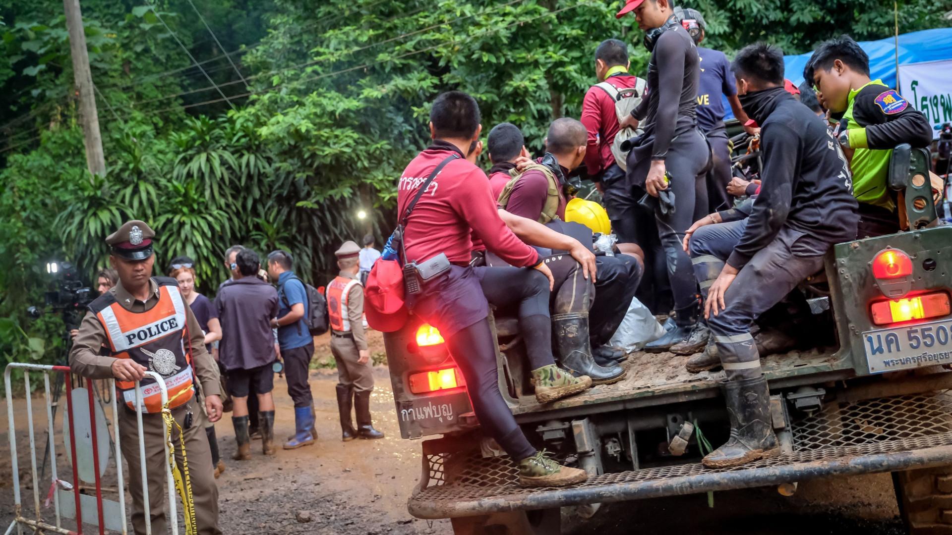 Resgate de equipe presa em caverna pode acontecer 'hoje ou amanhã'