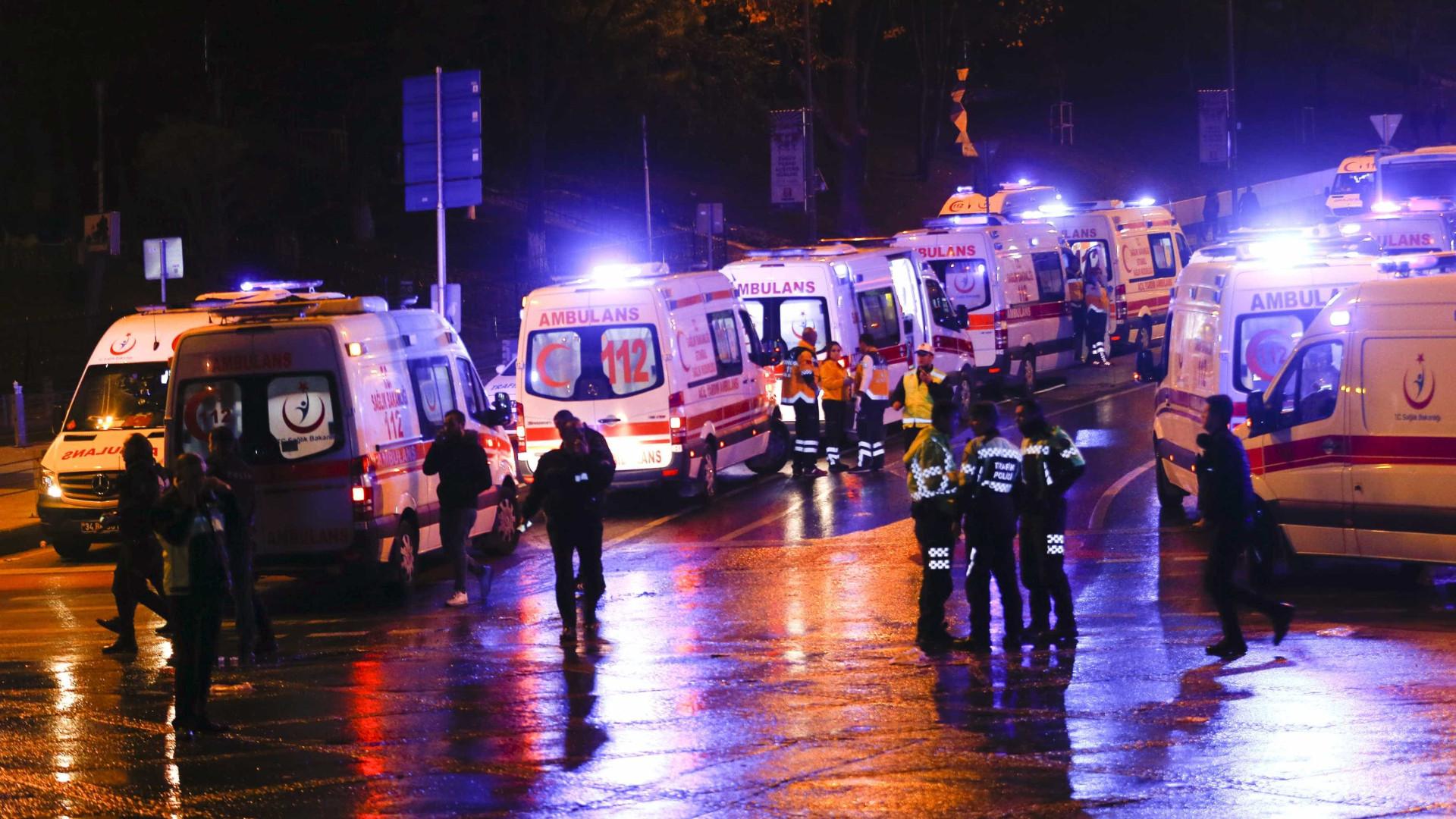 Trem descarrila e deixa pelo menos dez mortos e 73 feridos na Turquia