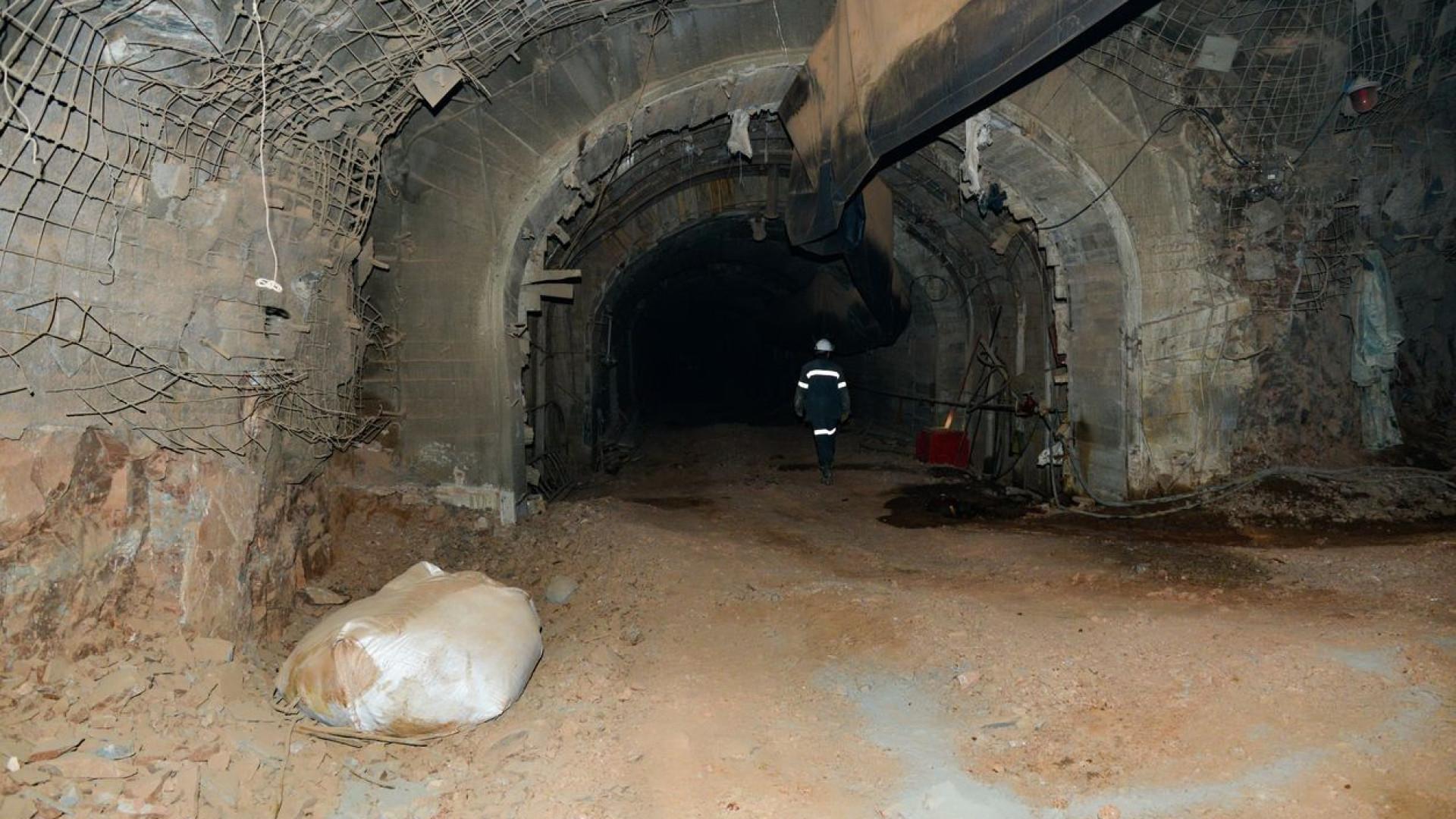 Deslizamento de terra em mina de Myanmar deixa ao menos 15 mortos