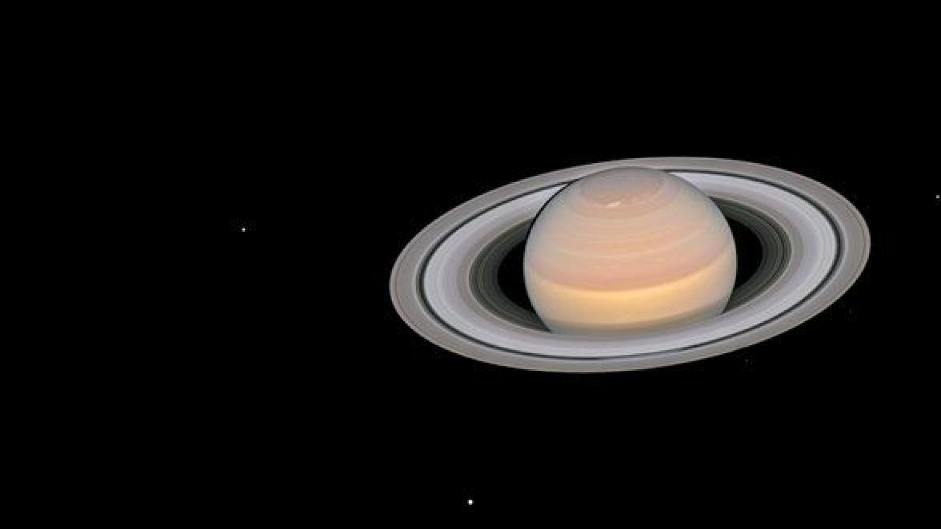 Hubble capta novas (e impressionantes) imagens de Marte e Saturno
