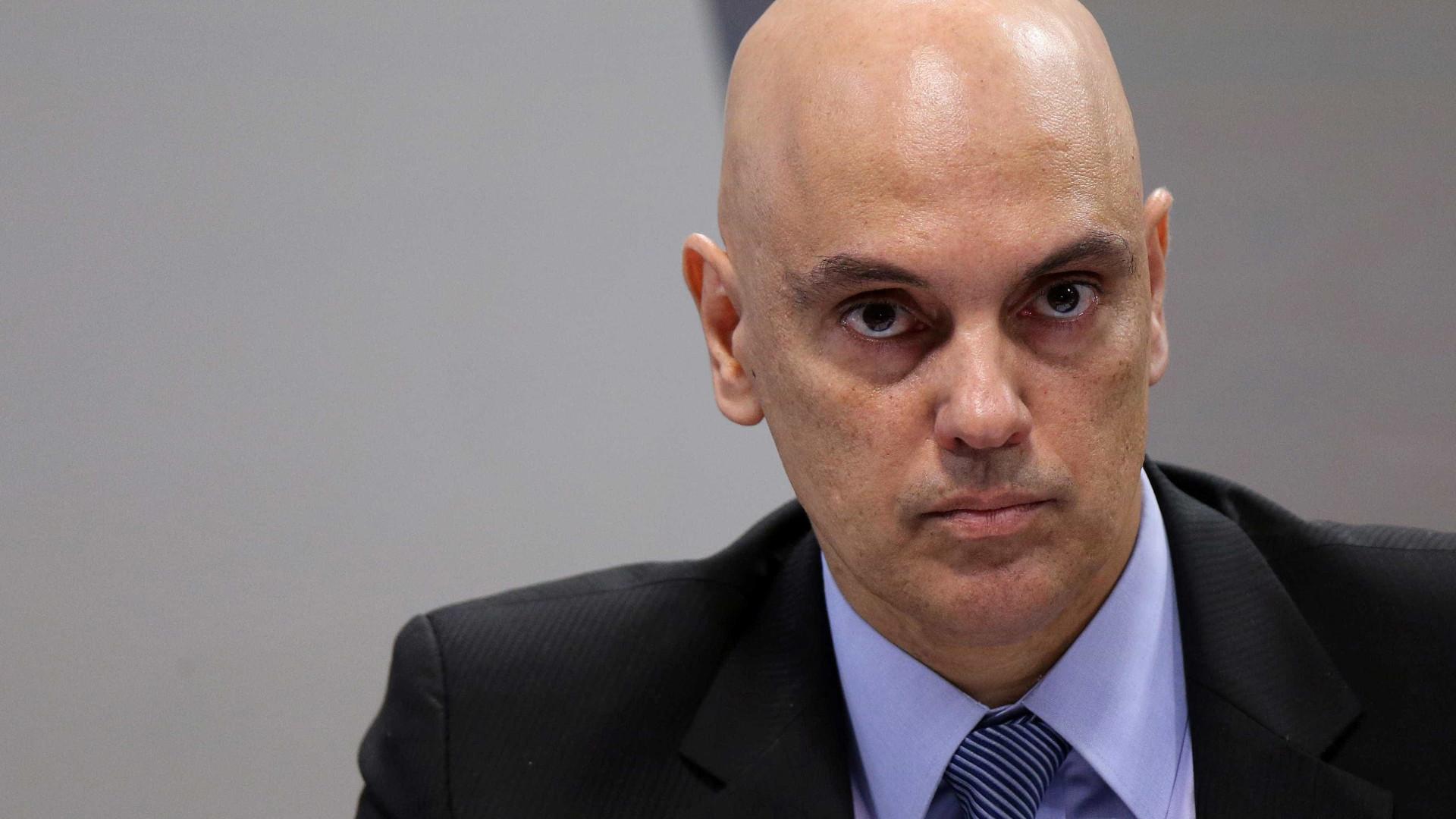 Kassio rejeita pedido de impeachment de Kajuru contra Alexandre de Moraes