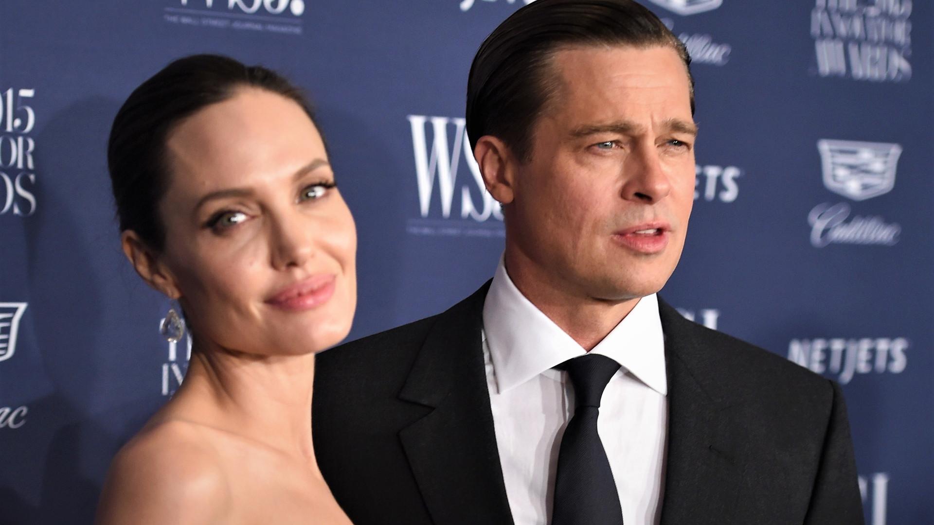 Angelina Jolie só subiu ao altar com Brad Pitt por pressão, diz site