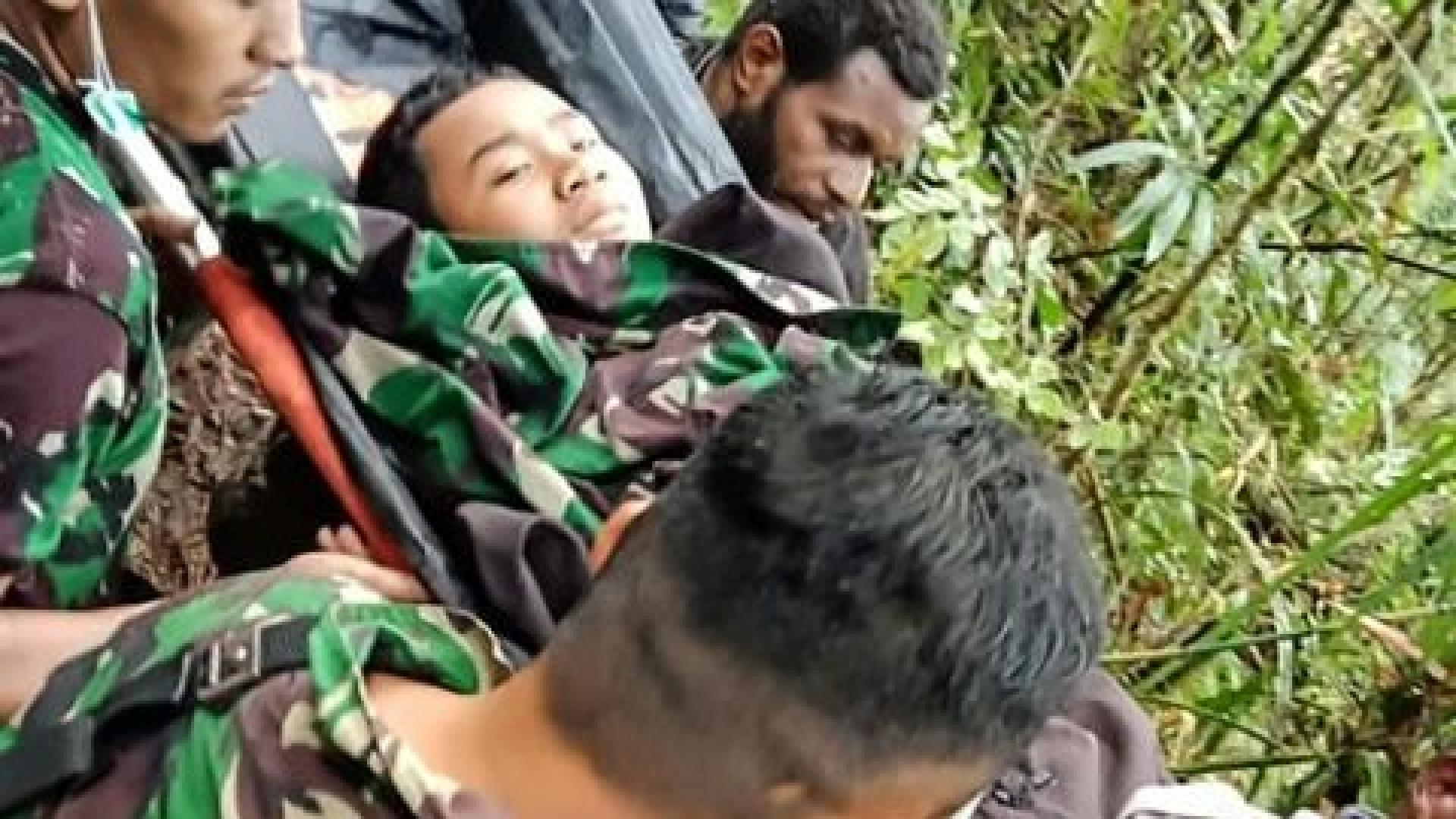 Menino de 12 anos é único sobrevivente de queda de avião na Indonésia
